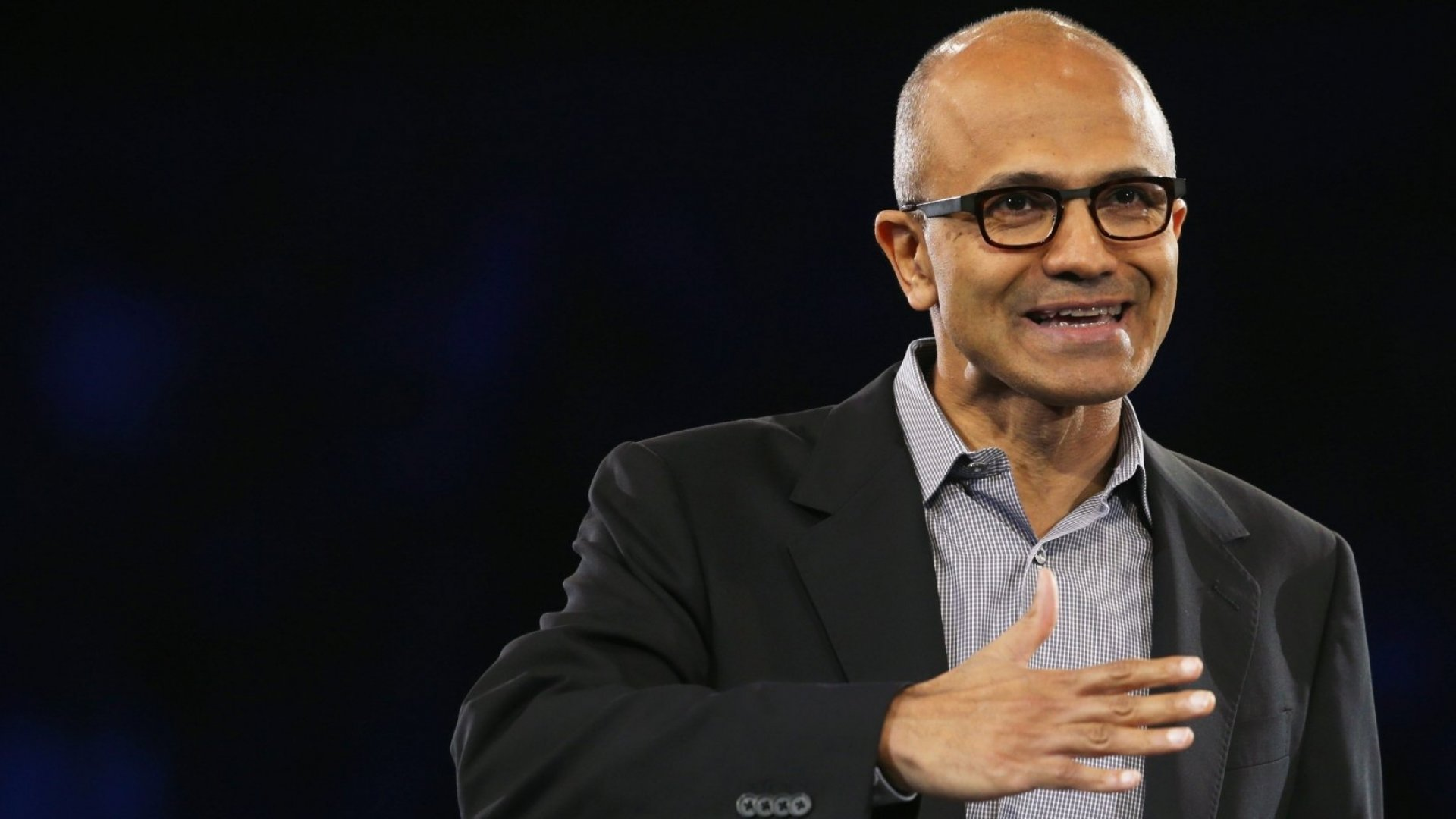 This Video Is How Microsoft CEO Satya Nadella Introduced Himself to an Audience of 17,000 and It Was Perfect