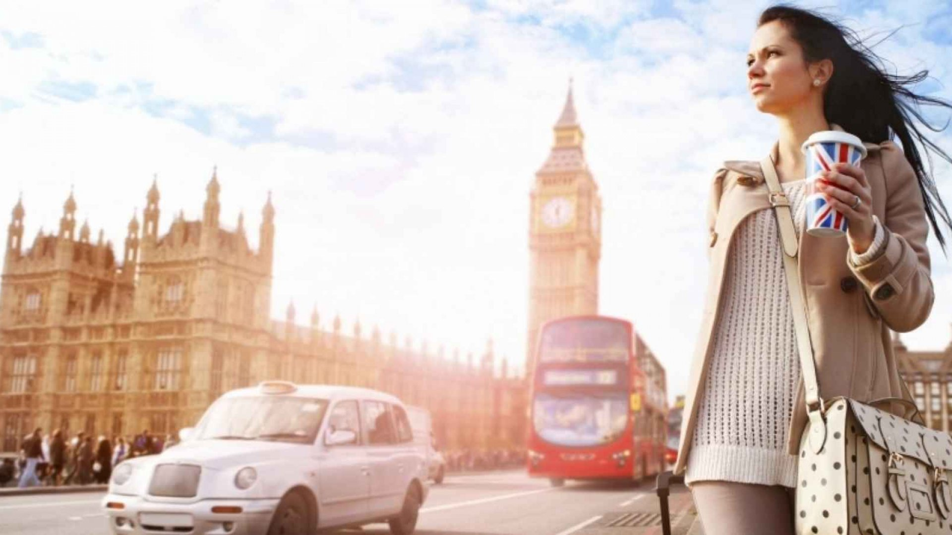 8 Pro Travel Tips to Get the Best Out of Your Workcation