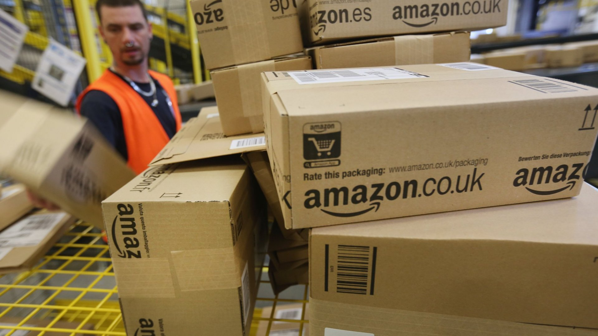 In the Big Battle Between Amazon and Walmart, Here's Who Wins the Most