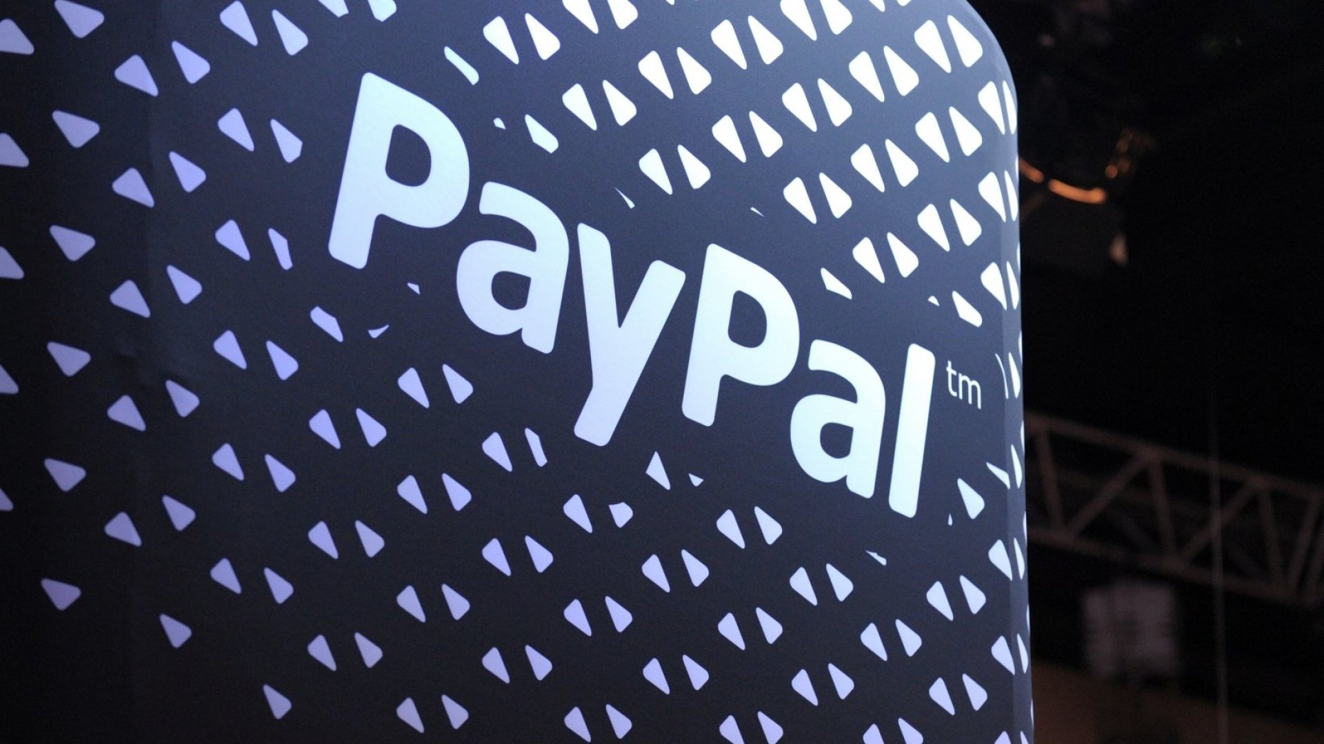A Man Wrote PayPal to Say His Wife Had Died. The Company's Response Was Heartless
