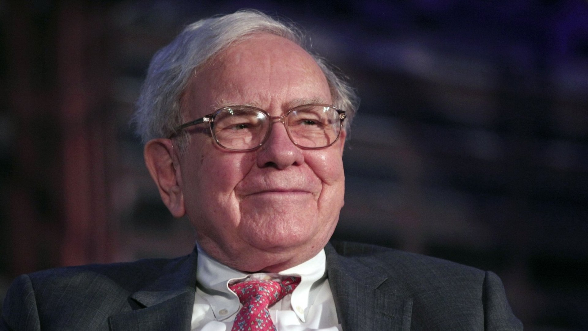 I Set Out to Uncover Who Ran the 'Fake Warren Buffett' Twitter Account. Here's What I Learned