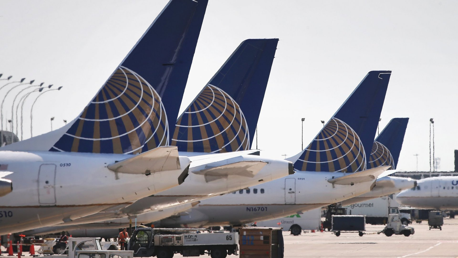Why Free Snacks on United Are Really Peanuts