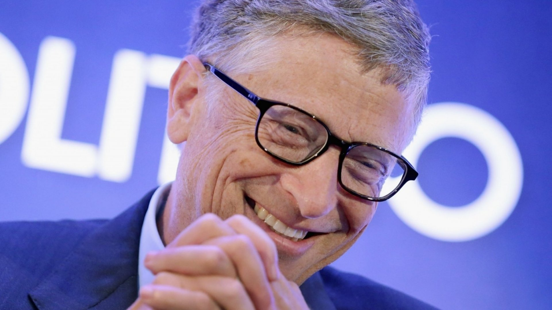 5 Books Bill Gates Wants You to Read This Summer (and 1 Big Lesson He Wants You to Learn From Them)