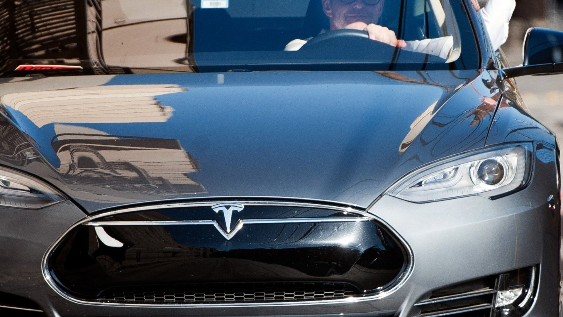 AAA Will Raise Tesla Insurance Rates 30 Percent (Basically Because Wealthy Drivers Are Jerks)