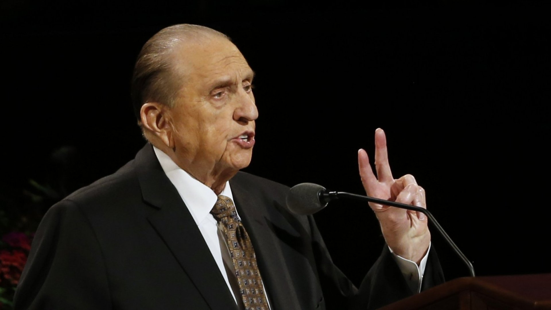 5 Lessons in Leadership from Mormon Church President Thomas S. Monson