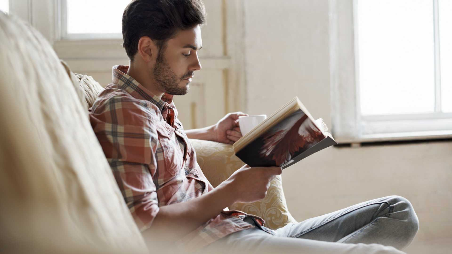 9 Business Books Every Entrepreneur Should Read in 2017