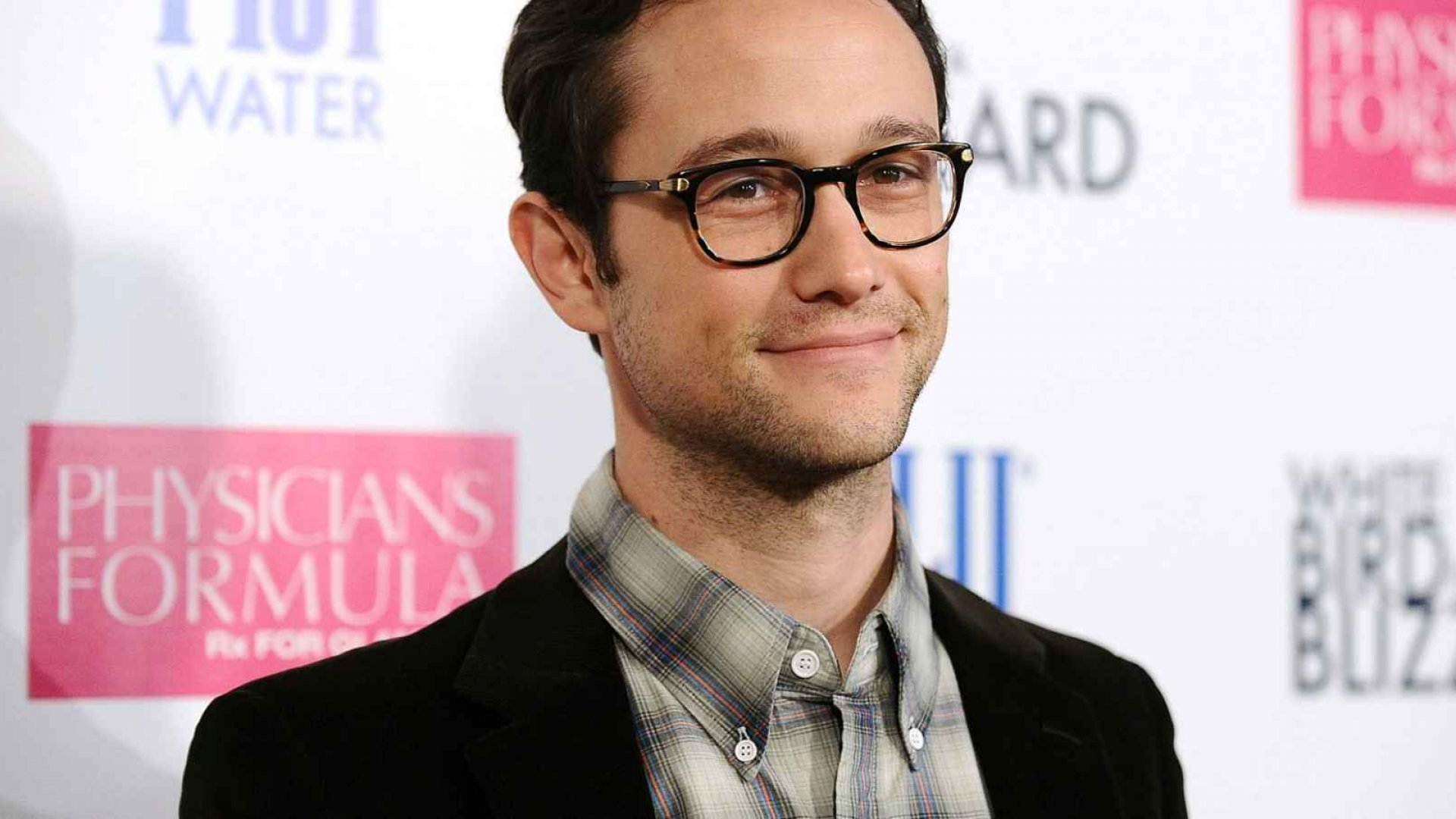 Why Joseph Gordon-Levitt Looks Differently at Tech After Playing Role In 'Snowden'