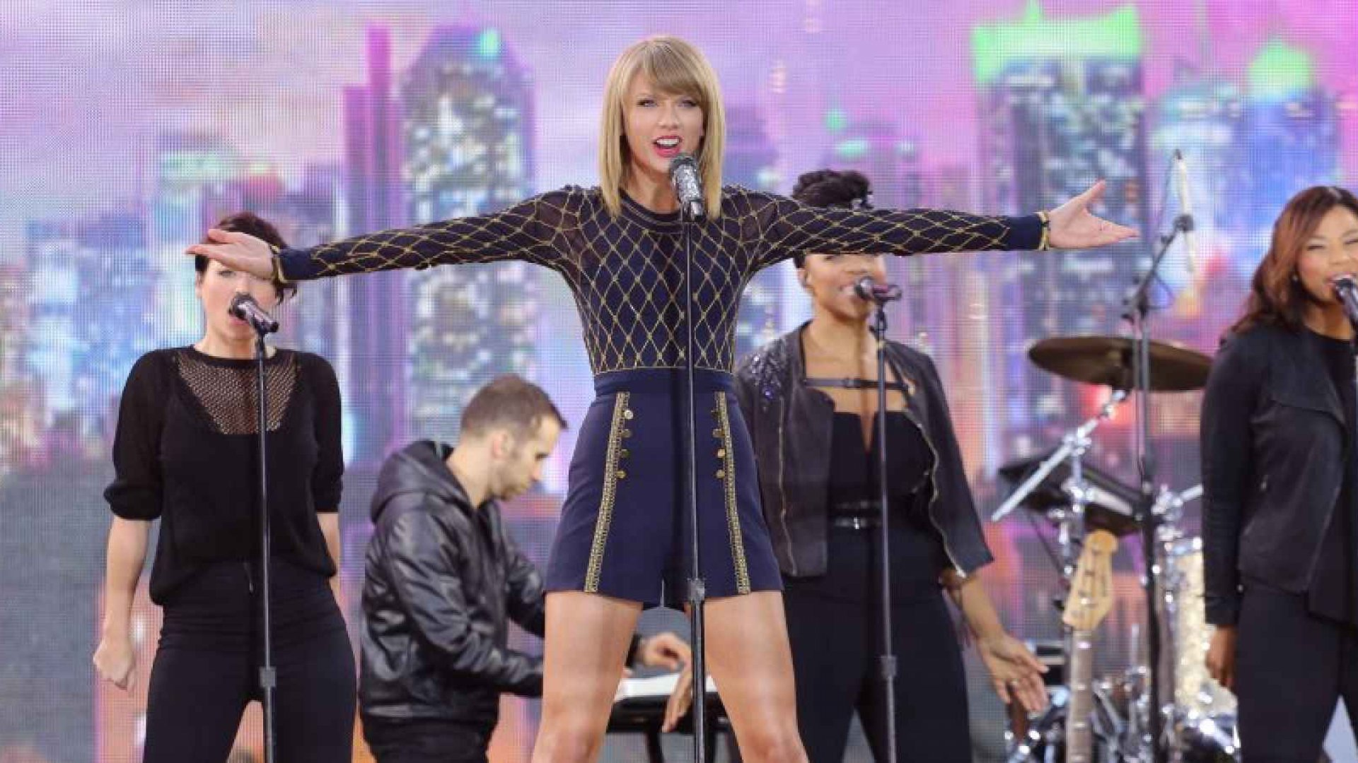 How to Think About Spotify if You're Not Taylor Swift