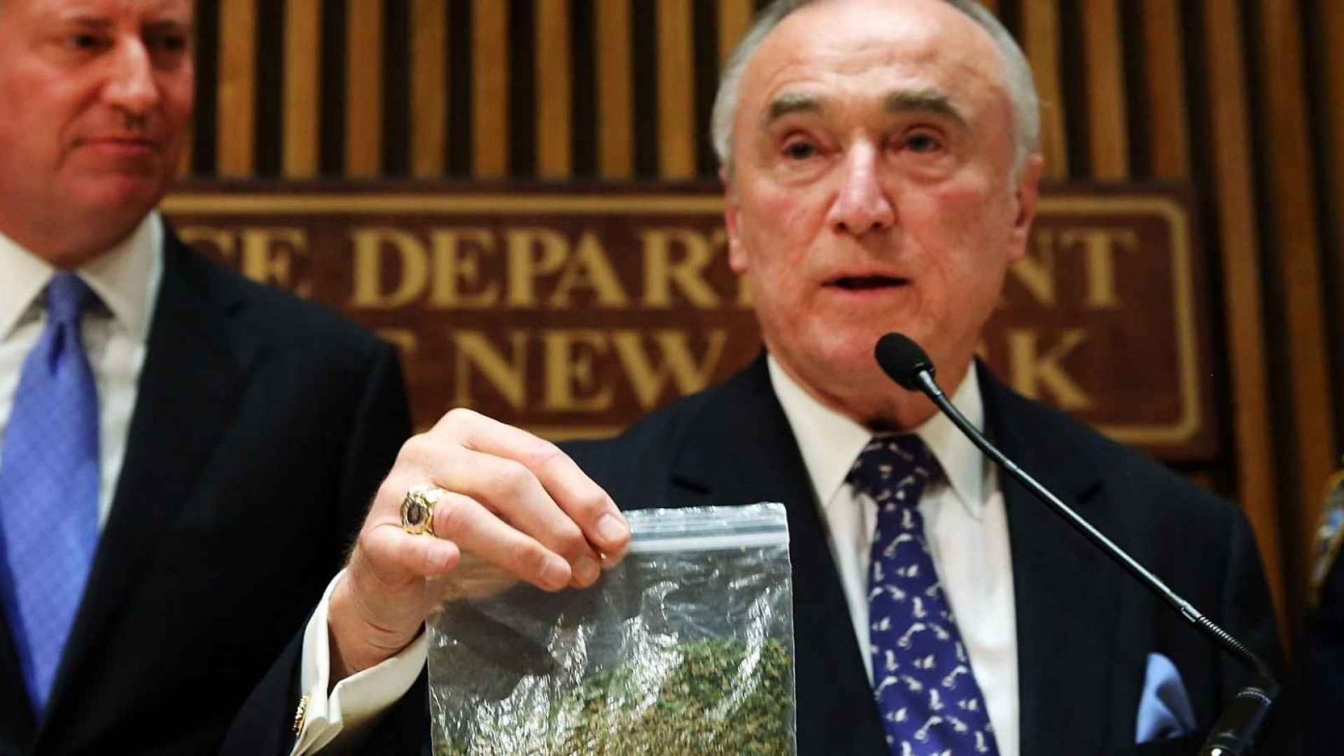 In 2014, New York City Police Commissioner Bill Bratton announced that the NYPD would start to issue tickets for marijuana possession of up to 25 grams. Even though marijuana laws are being reformed, half a million people were arrested for possession across the country last year.