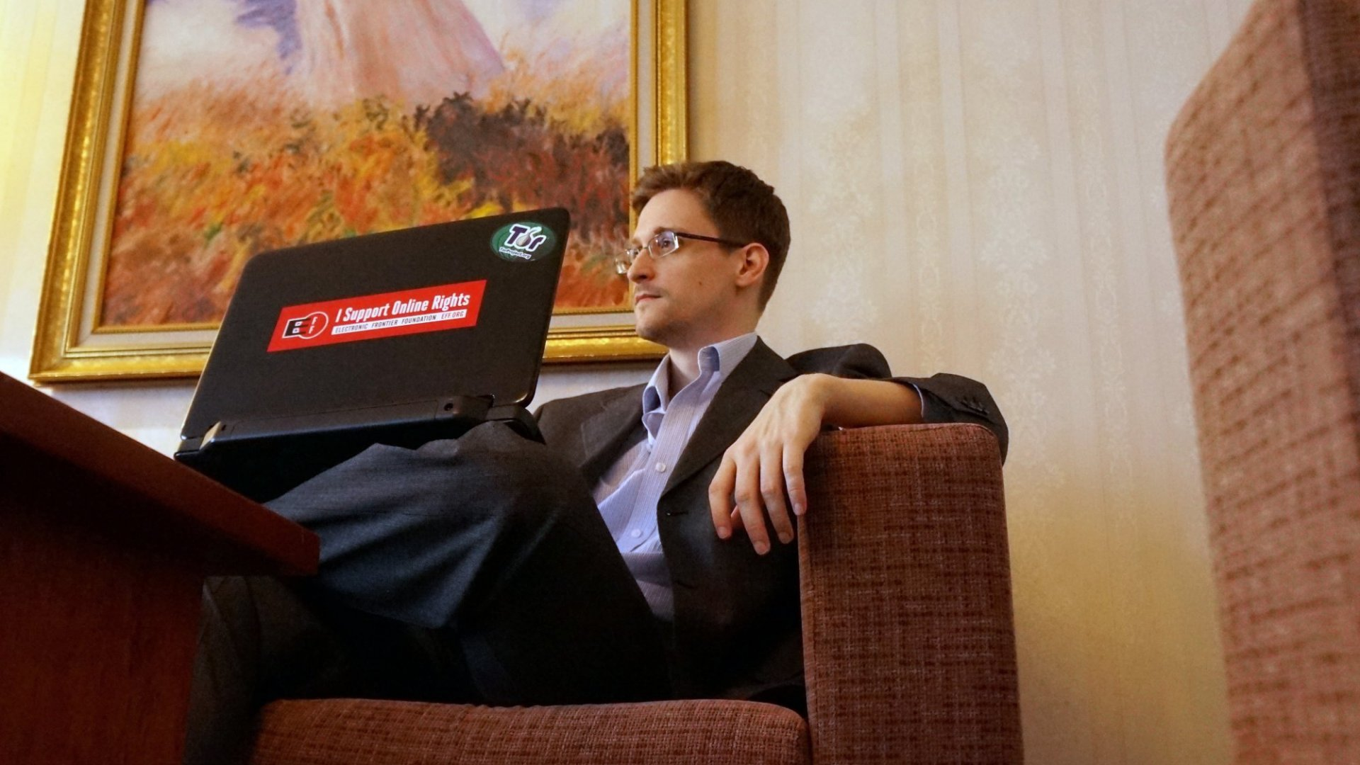 Edward Snowden Decries Corporate Censorship -- and Twitter's 140-Character Rule