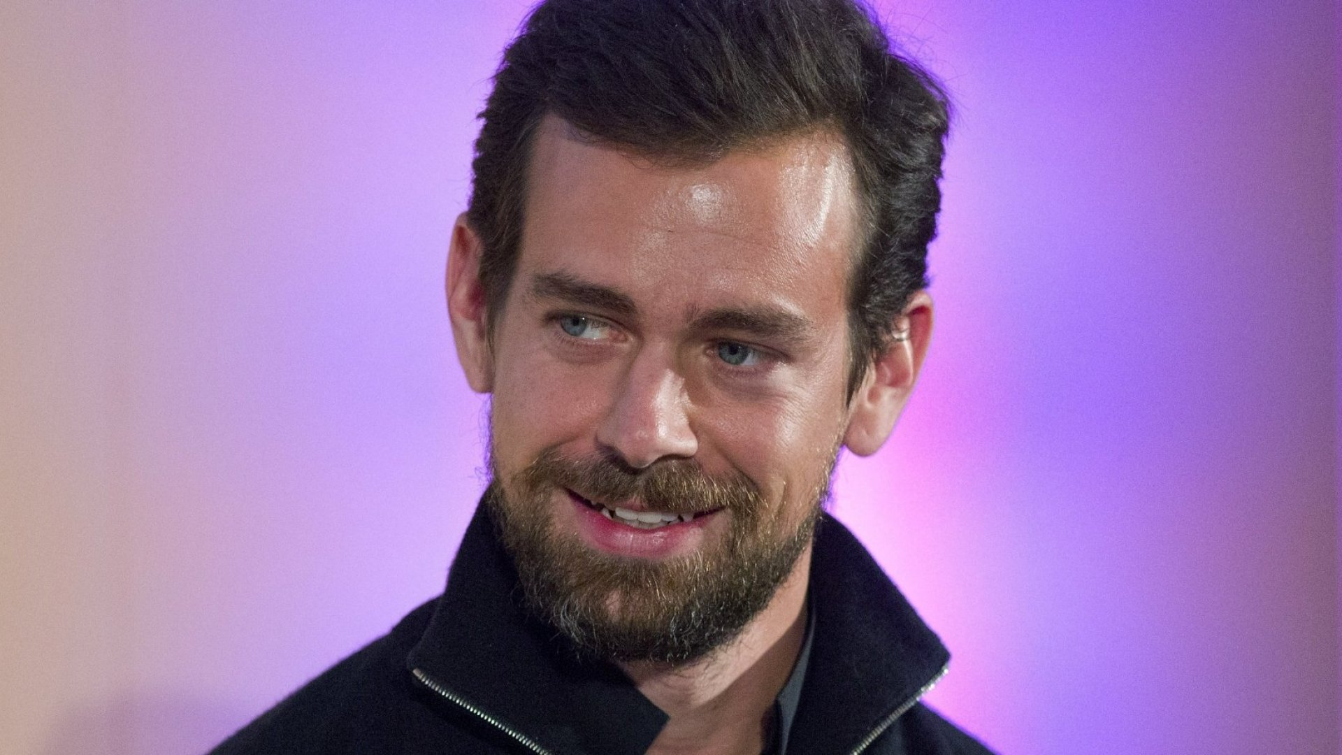 Visa Buys 10 Percent Stake in Square