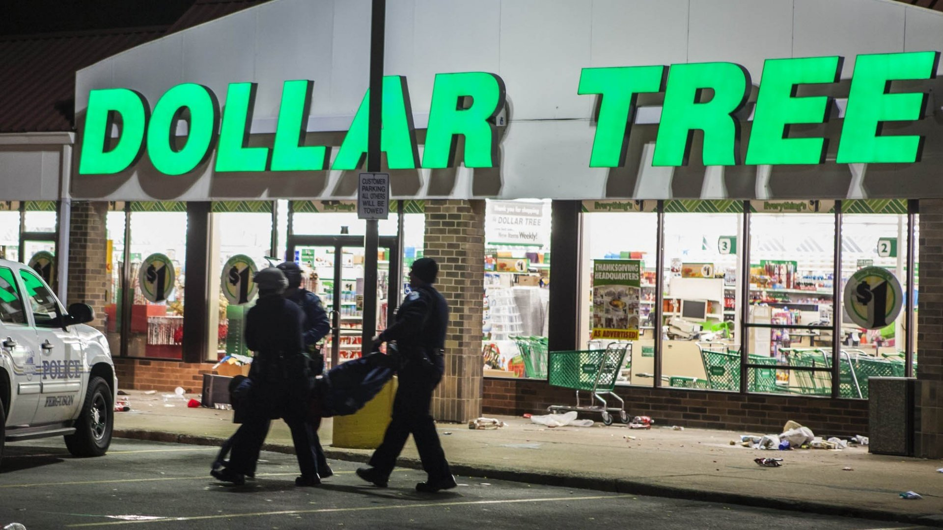 Dollar Tree Completes $8.5B Purchase of Family Dollar