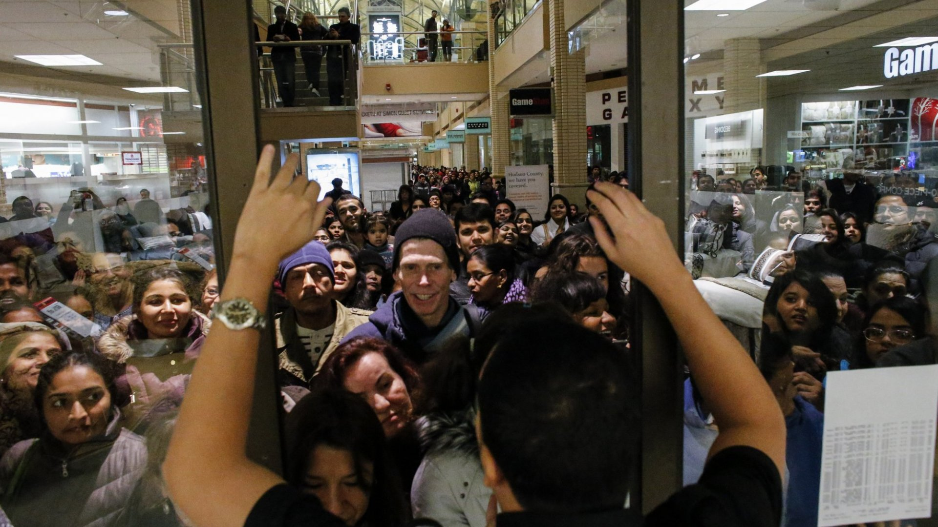 Good News for Black Friday Haters: The Web Is Killing America's Craziest Shopping Day