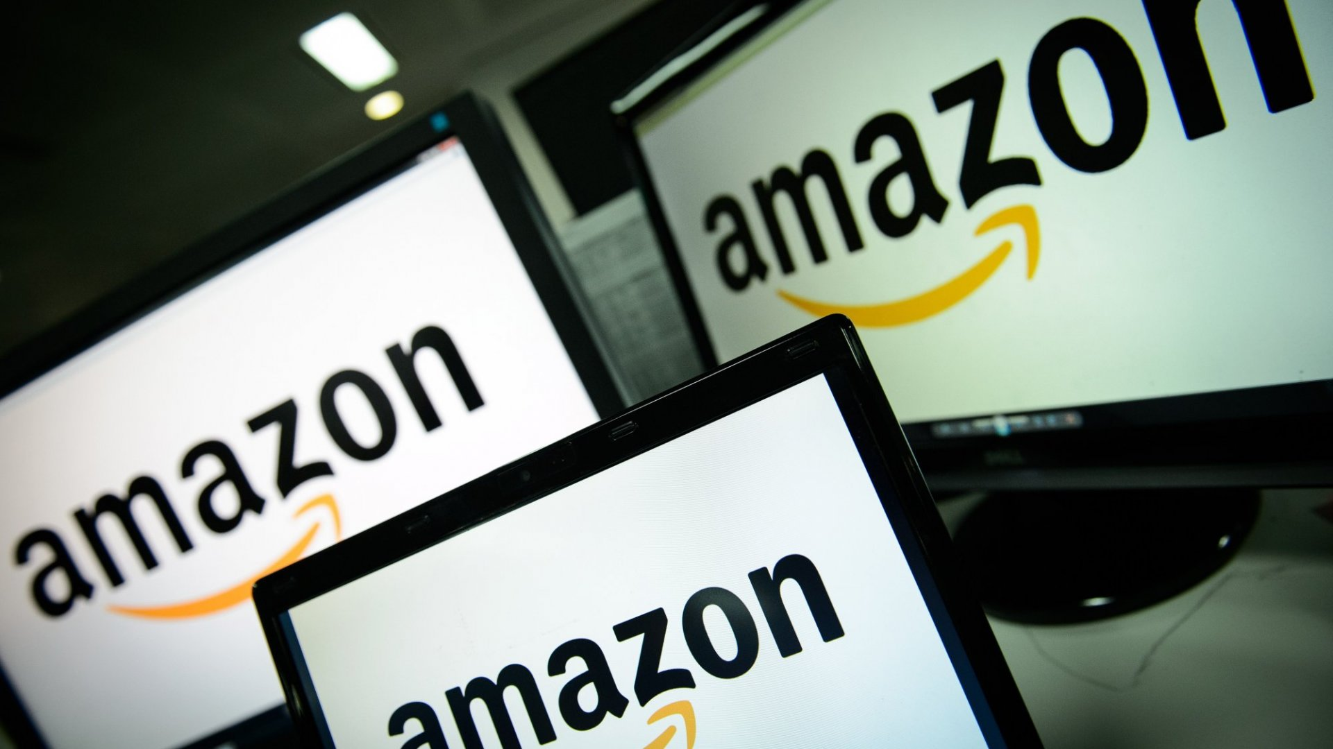 No More Lines! Amazon Opening Grocery Stores with No Checkout