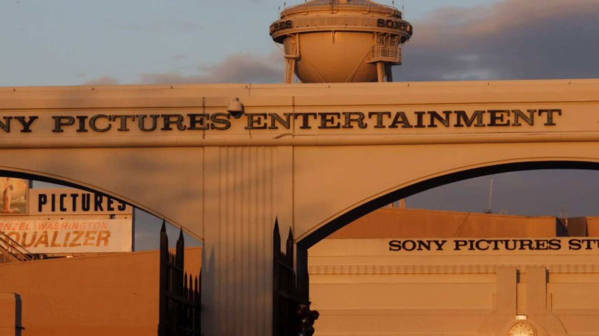 The Inside Story of How Sony Handled the Biggest Hack in History