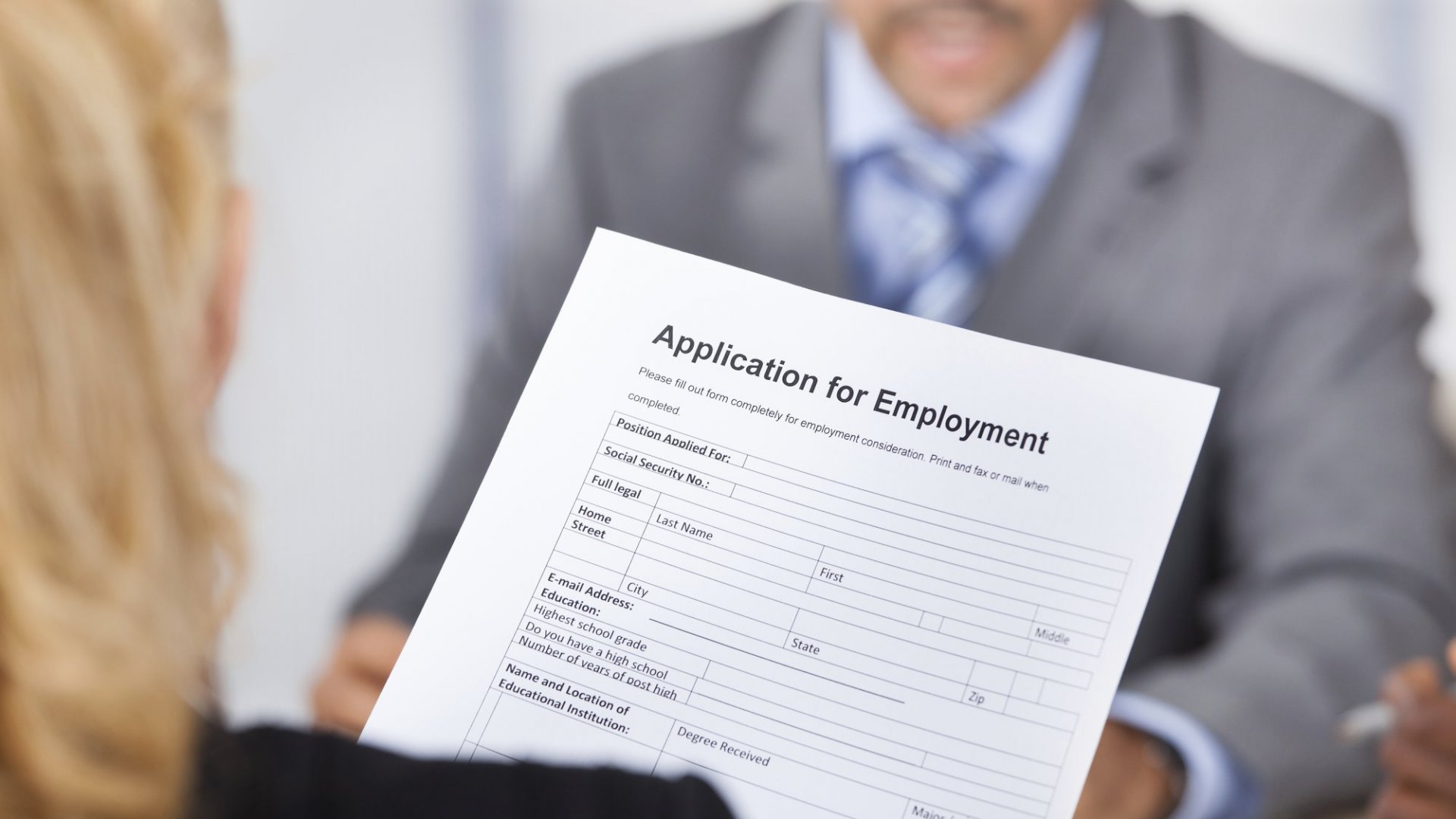 The 8 Words You Should Never Use On Your Resume (And The Ones You Should)
