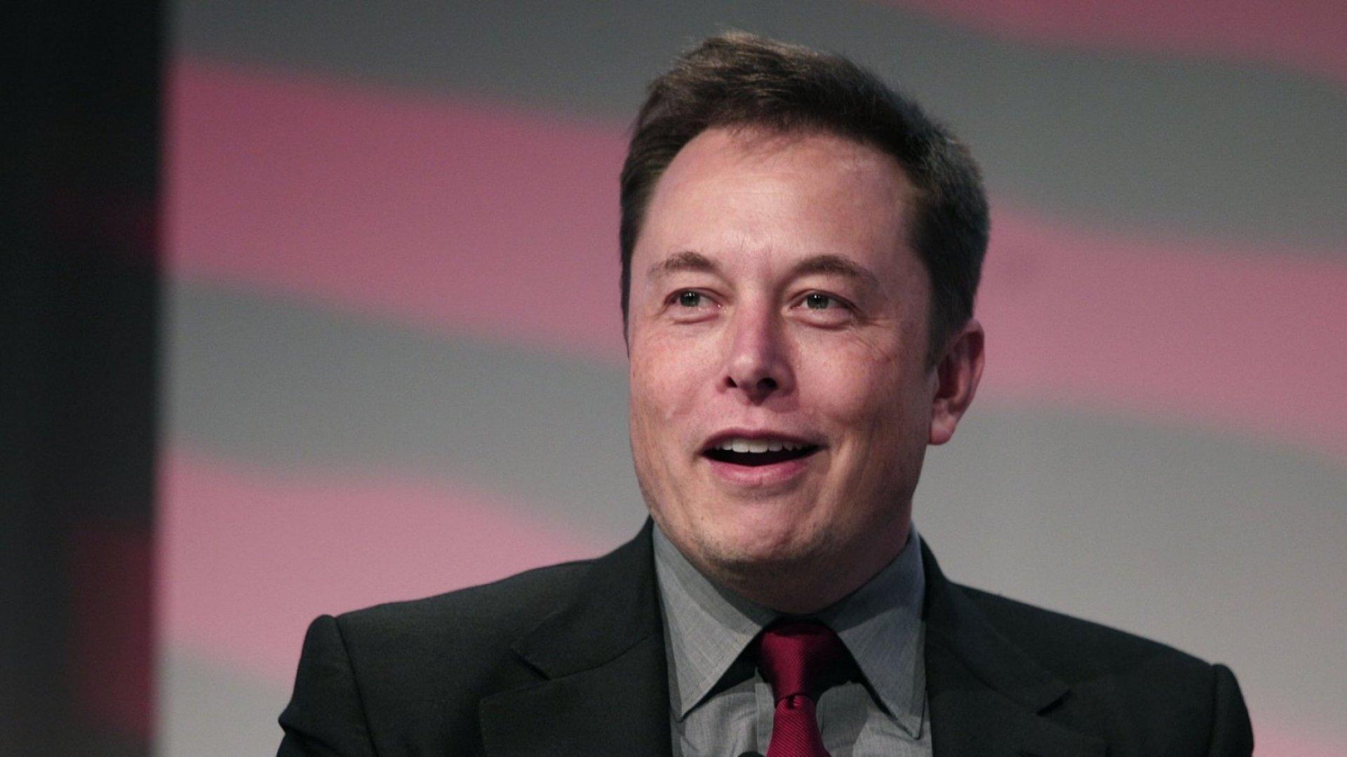 Elon Musk's Tesla Bankruptcy Joke Shows 1 Way to Overcome Fear