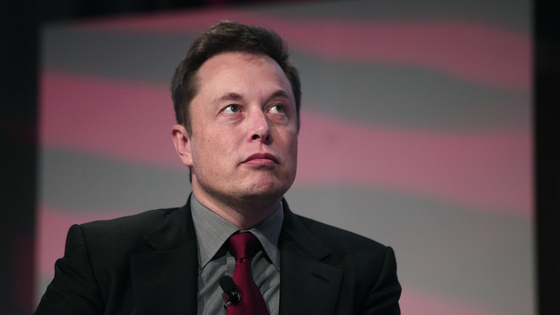 Here's How Much Sleep Elon Musk Gets Every Night