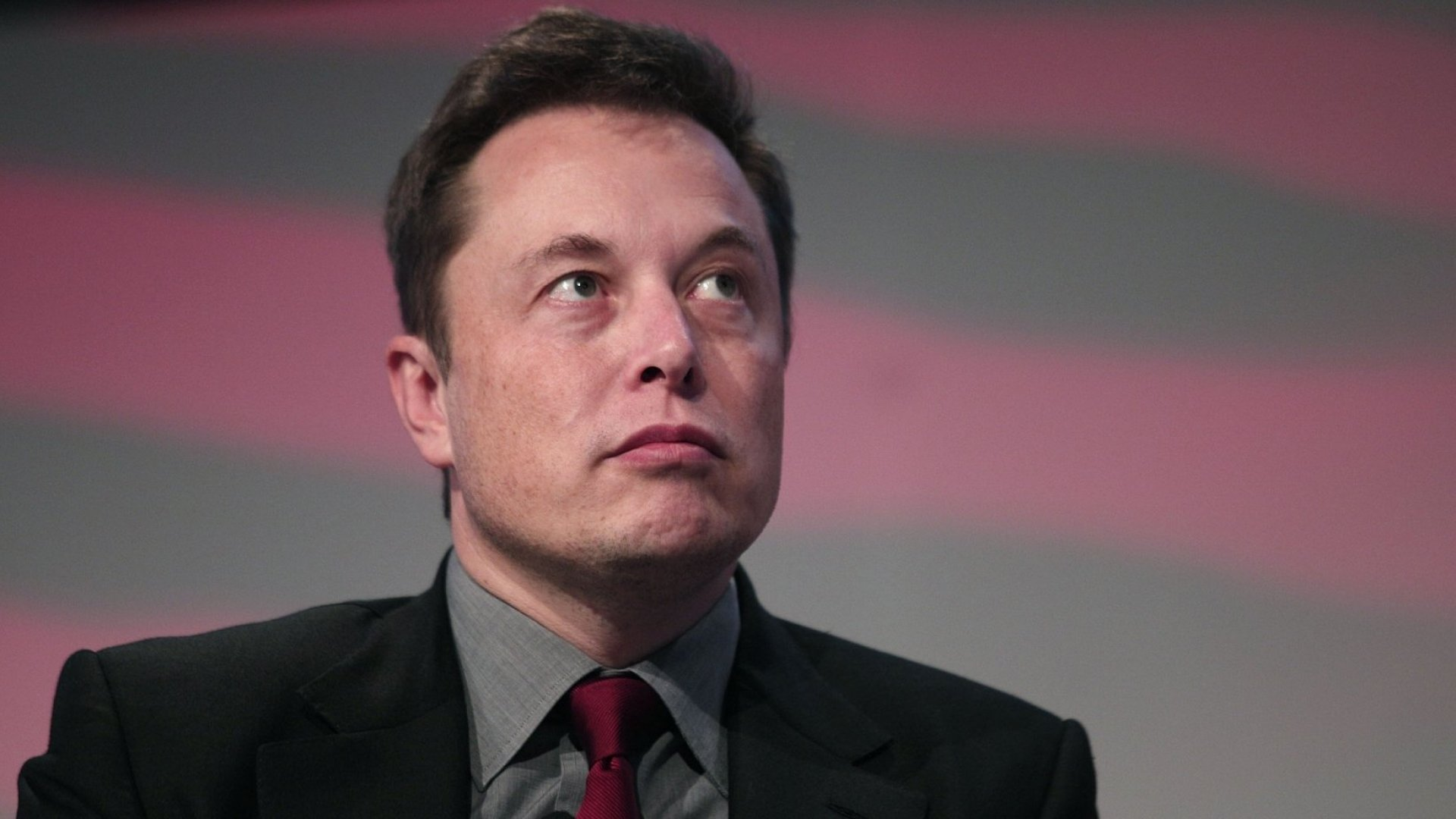 Elon Musk Warns He Will Leave Trump's Council if U.S. Pulls Out of Climate Change Agreement