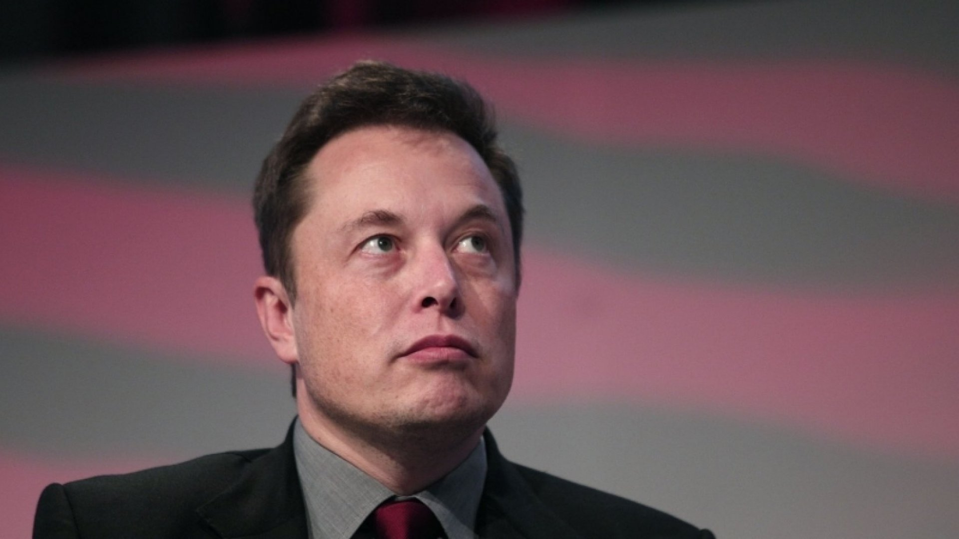 9 Powerful Books Elon Musk Recommends