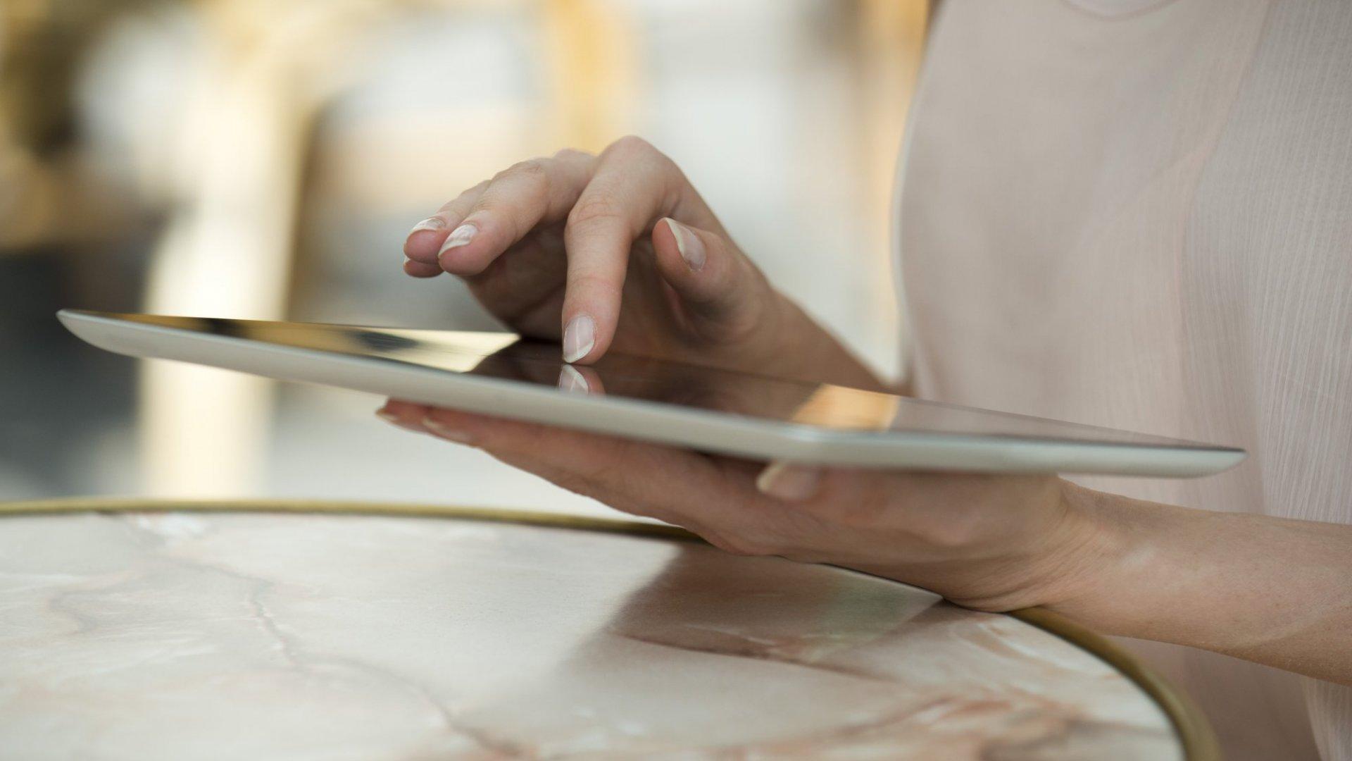 5 Ways to Make Social Media a Mindset, Not a Tool