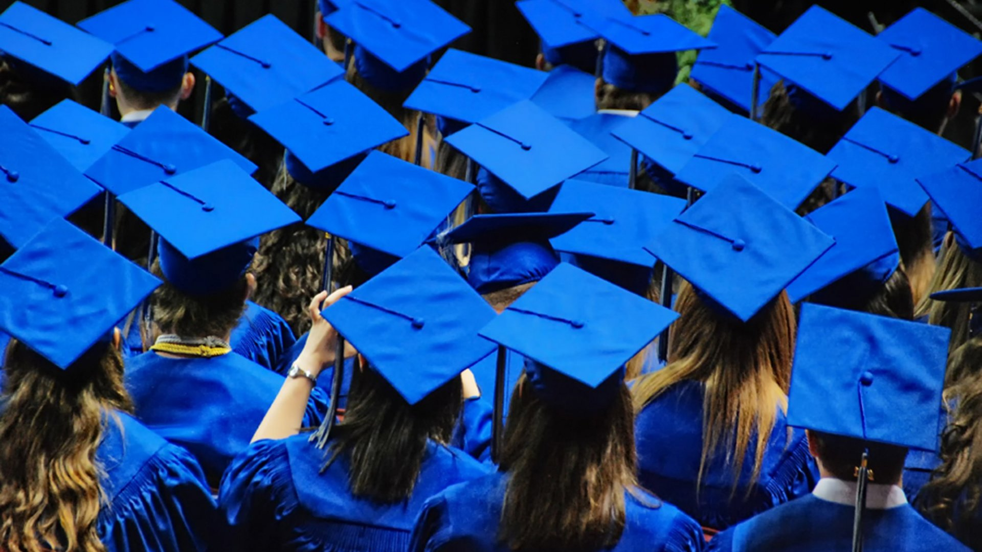Memo to Grads: Life's Too Short to Be a Bore (or Chore)