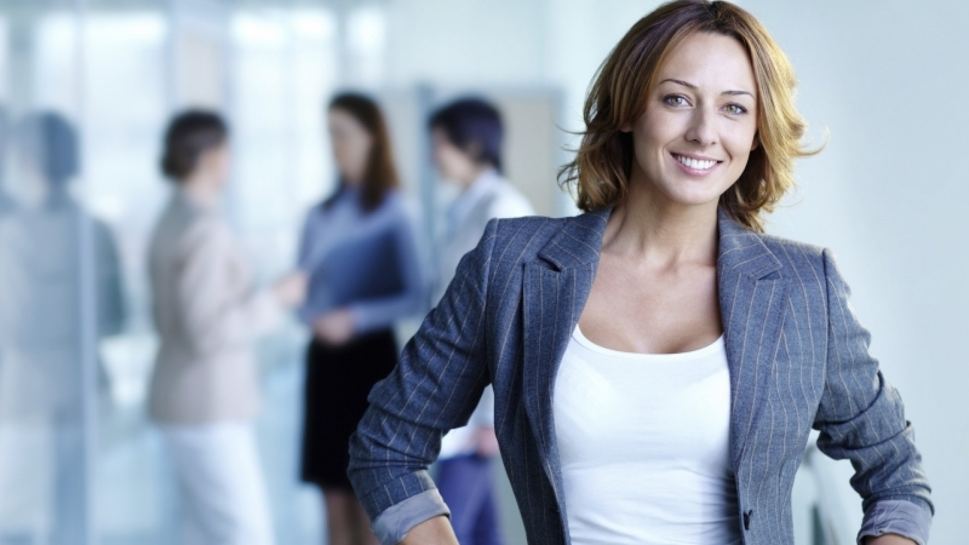 11 Remarkably Effective Ways to Lead by Example