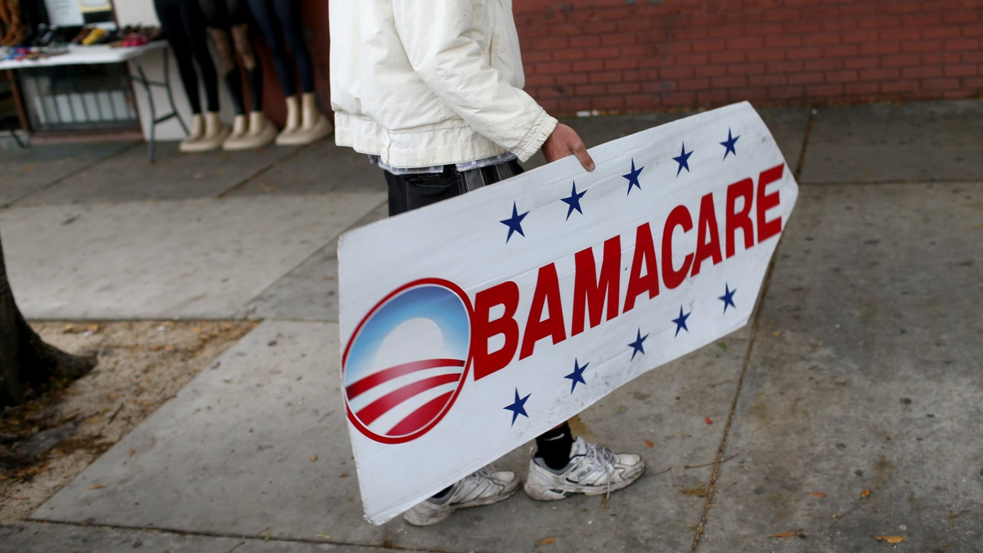 Appeals Court Seems Inclined to Rulethe Obamacare Mandate asUnconstitutional