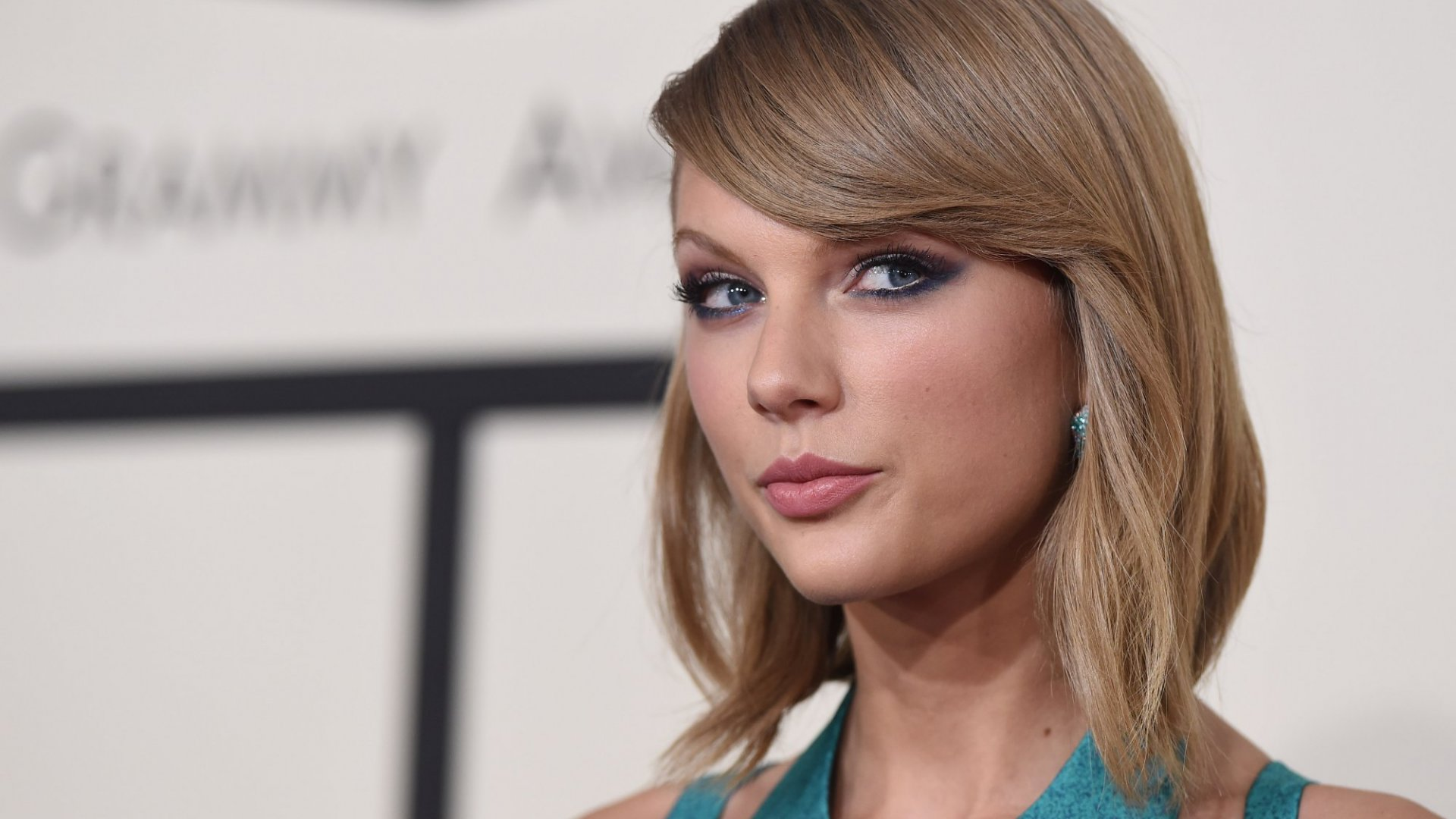 Real Leaders Do 4 Things Brilliantly. With Her Game-Changing Instagram Post, Taylor Swift Did Them All