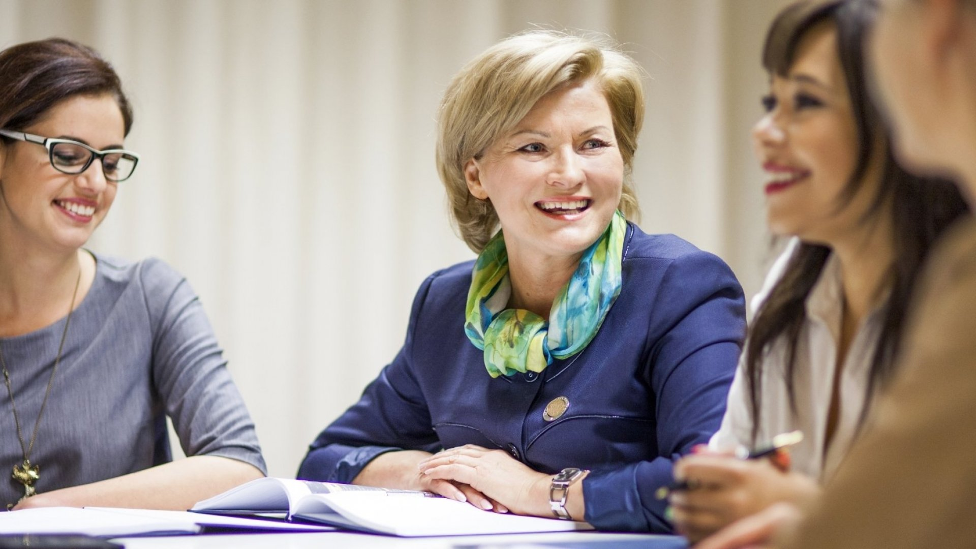 7 Surprising Things the Most Successful Women Leaders Never Do
