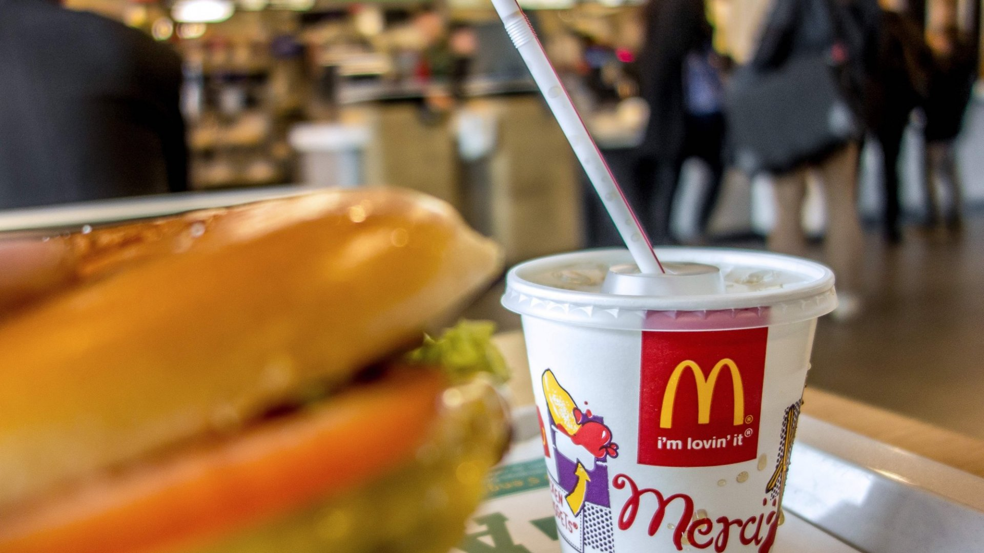 Here's the 1 Really Big Difference Between McDonald's in the USA and Britain