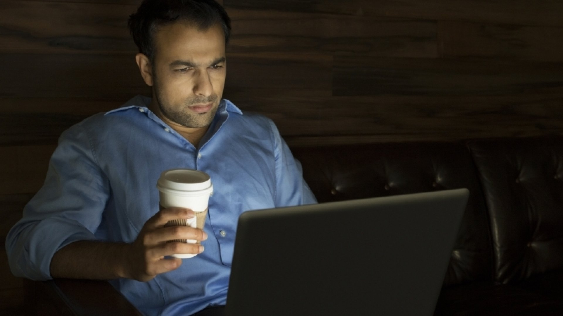 Why You Shouldn't Be Proud to Be a Workaholic