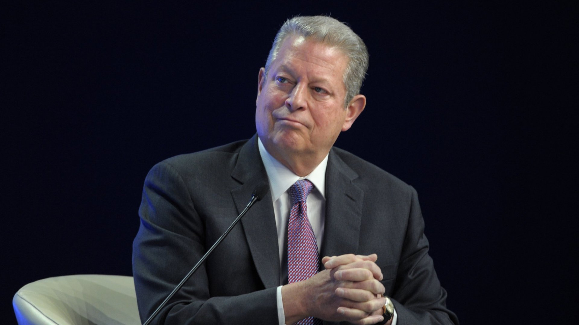 Al Gore Sees Technology Creating a Global Hive Mind