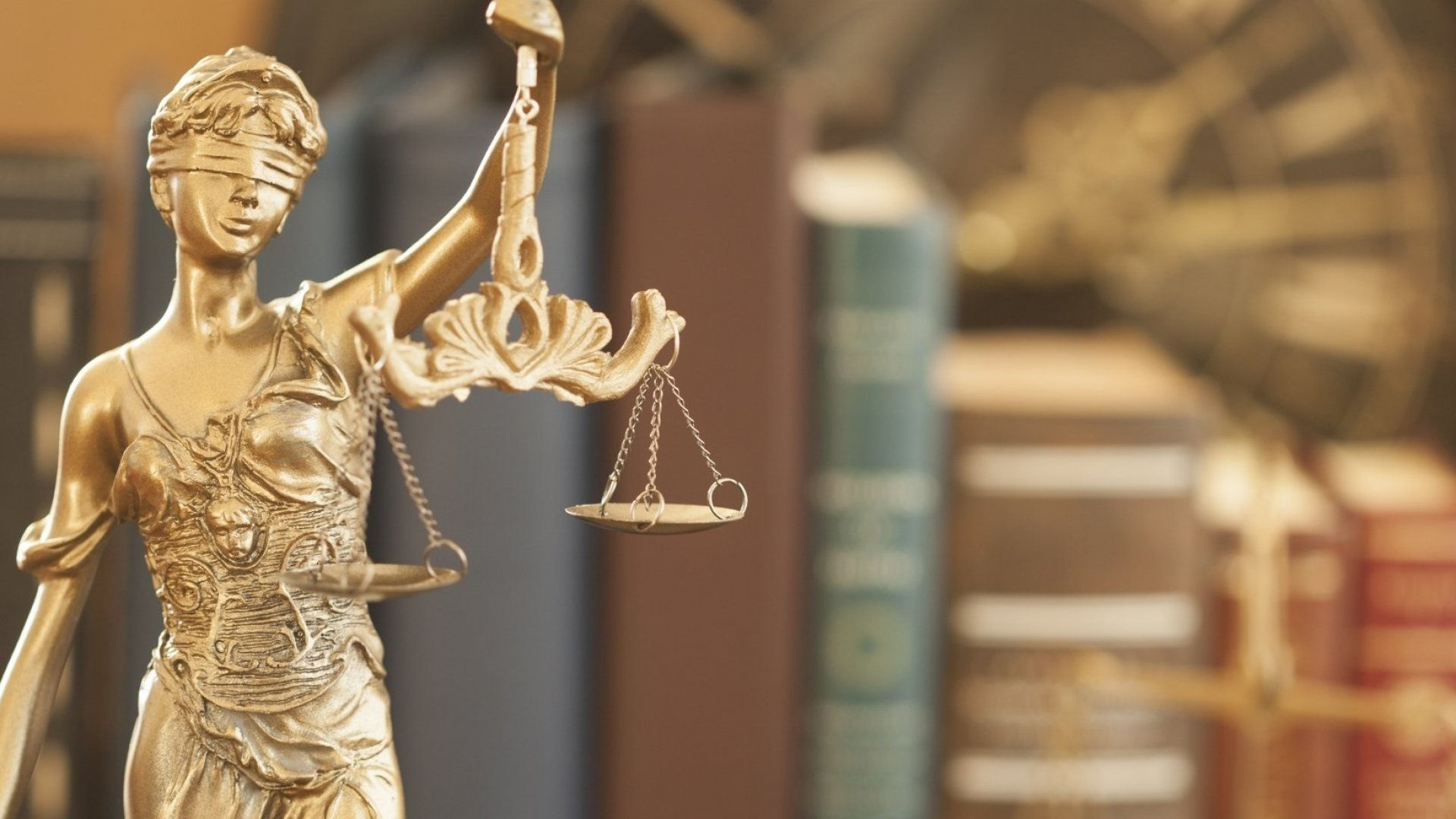 3 Attributes to Look for in Your Lawyer