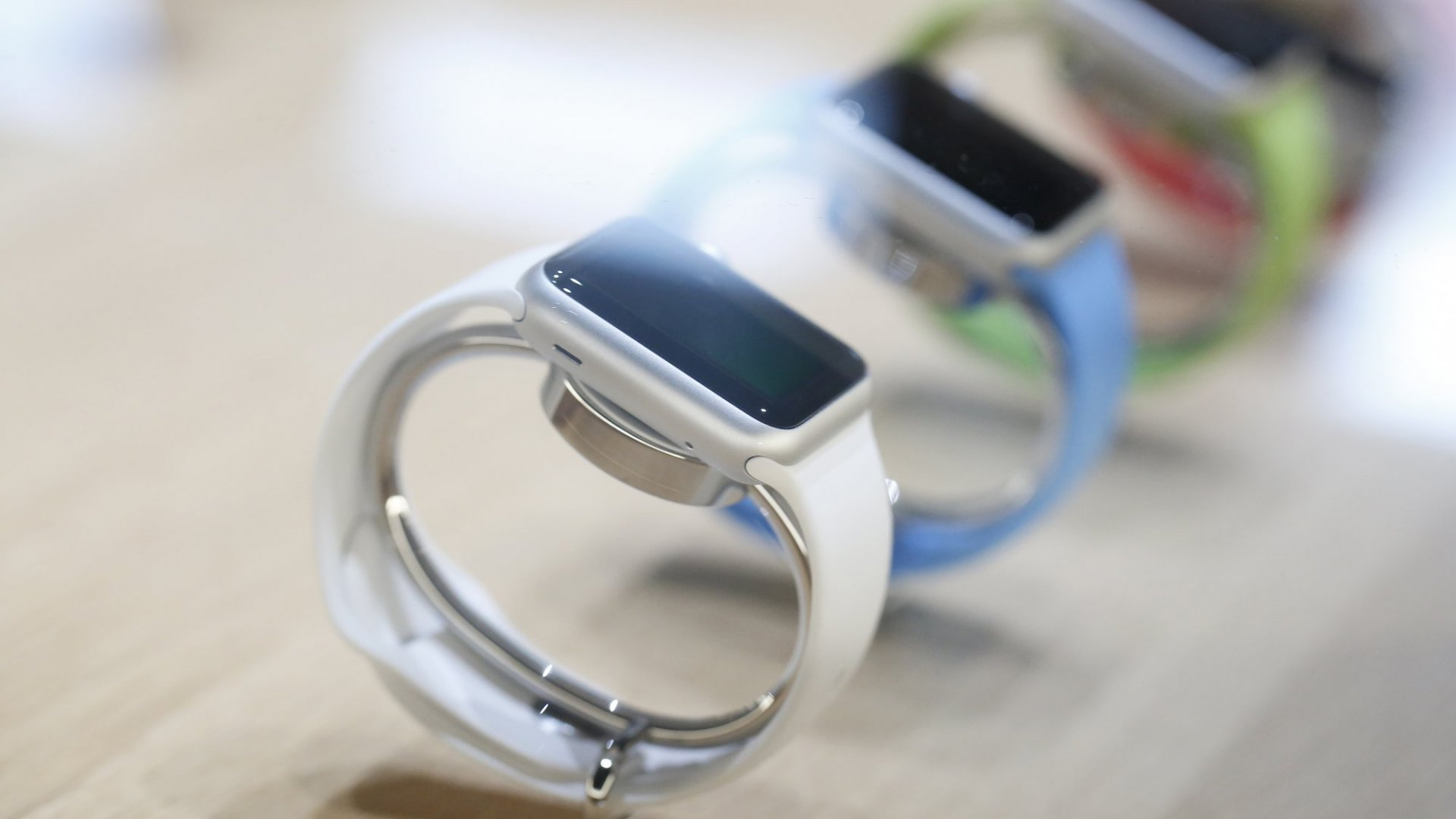 Why Wearables and Smartwatches Have Failed to Live Up to Their Hype