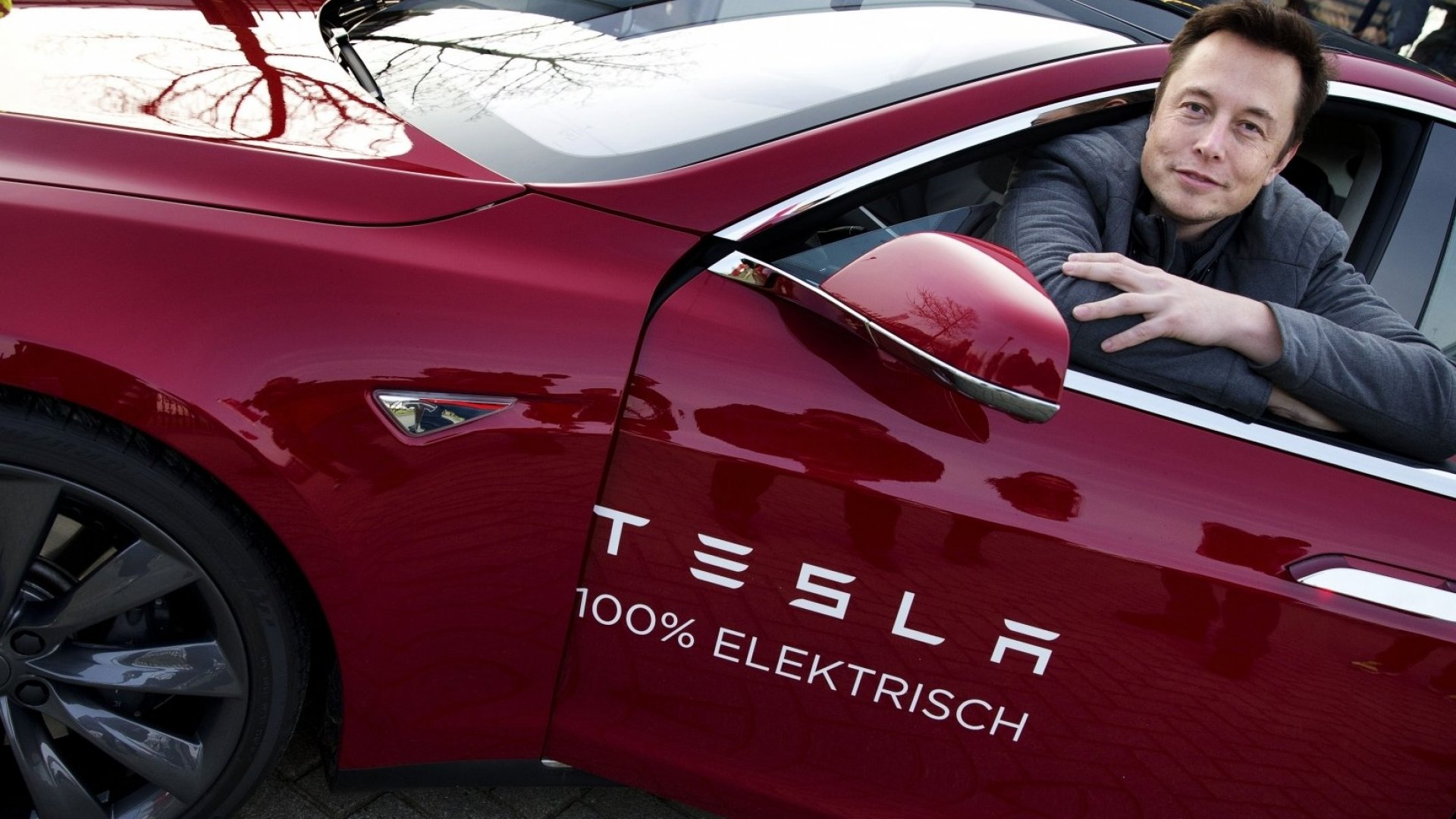 Why Tesla's Long-Term Vision Ensures That It Will Always Overpromise and Underdeliver