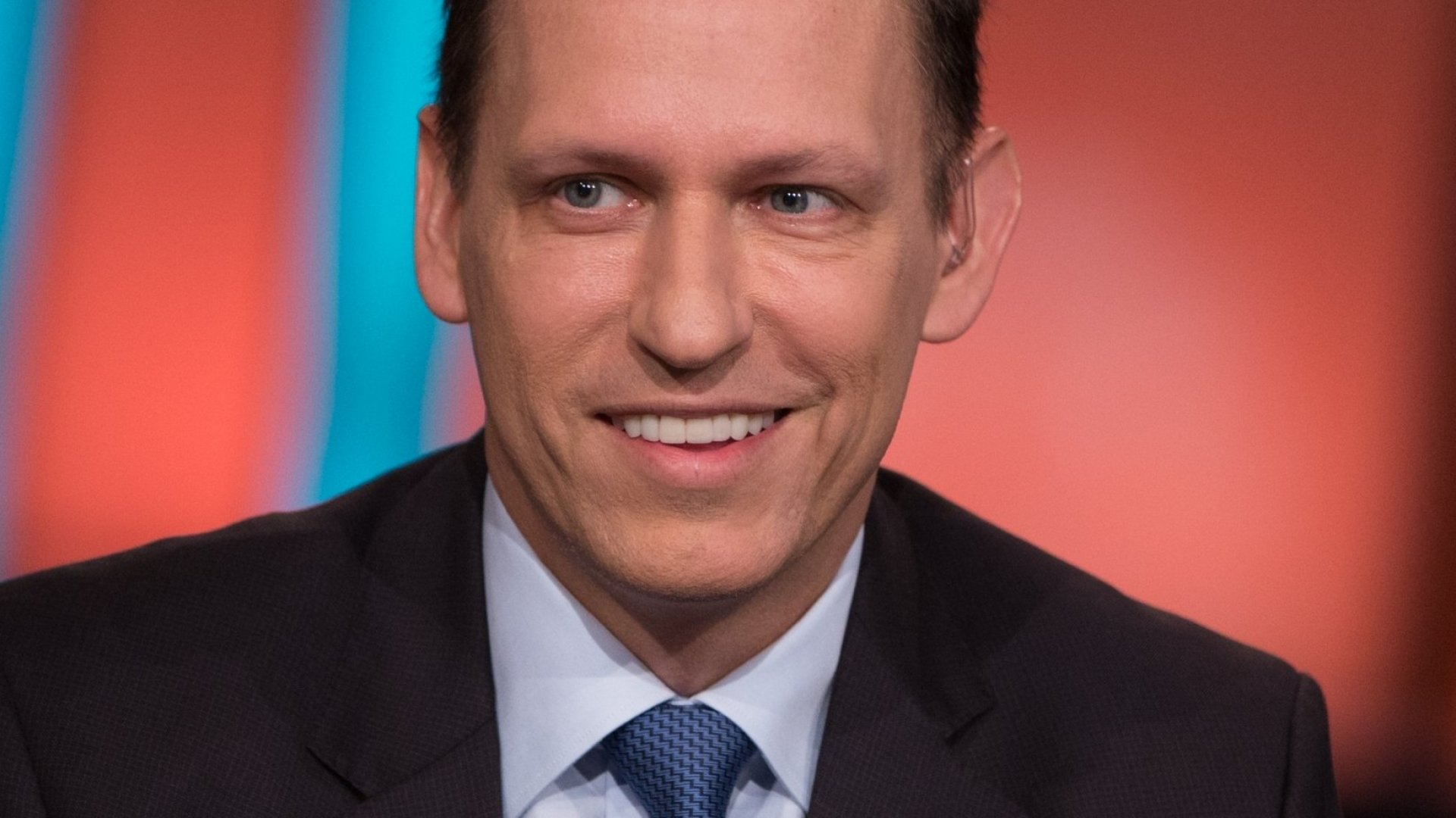 Peter Thiel Says, 'Crypto Is Libertarian, A.I. Is Communist.' What the Heck Does That Mean?