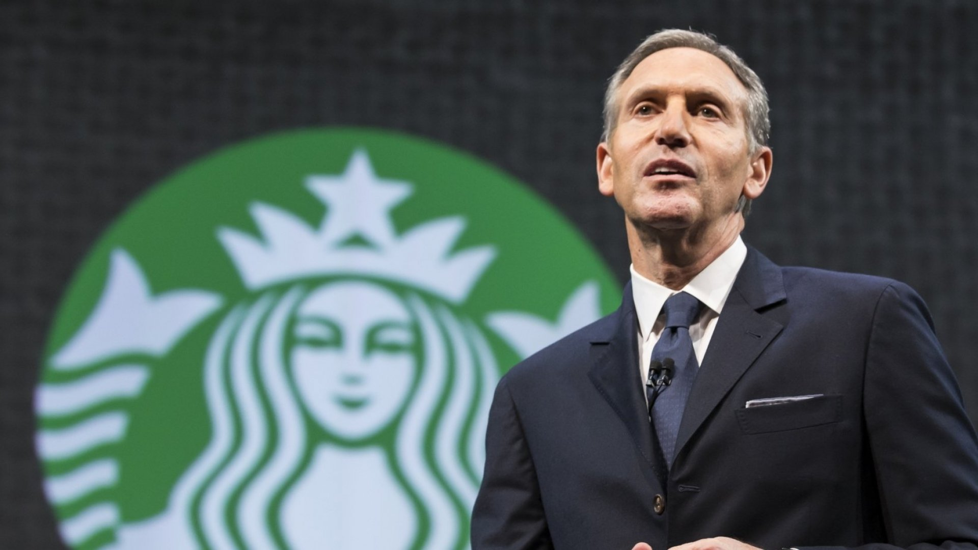 These 3 Emails--From the CEOs of Starbucks, Microsoft, and Amazon--Teach Extraordinary Lessons in Leadership