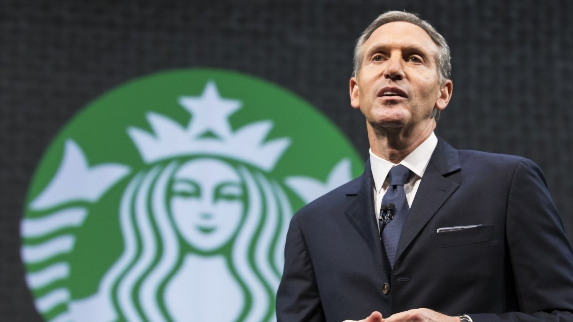 Howard Schultz Says Growing Up Poor in Brooklyn Drove Him to Succeed