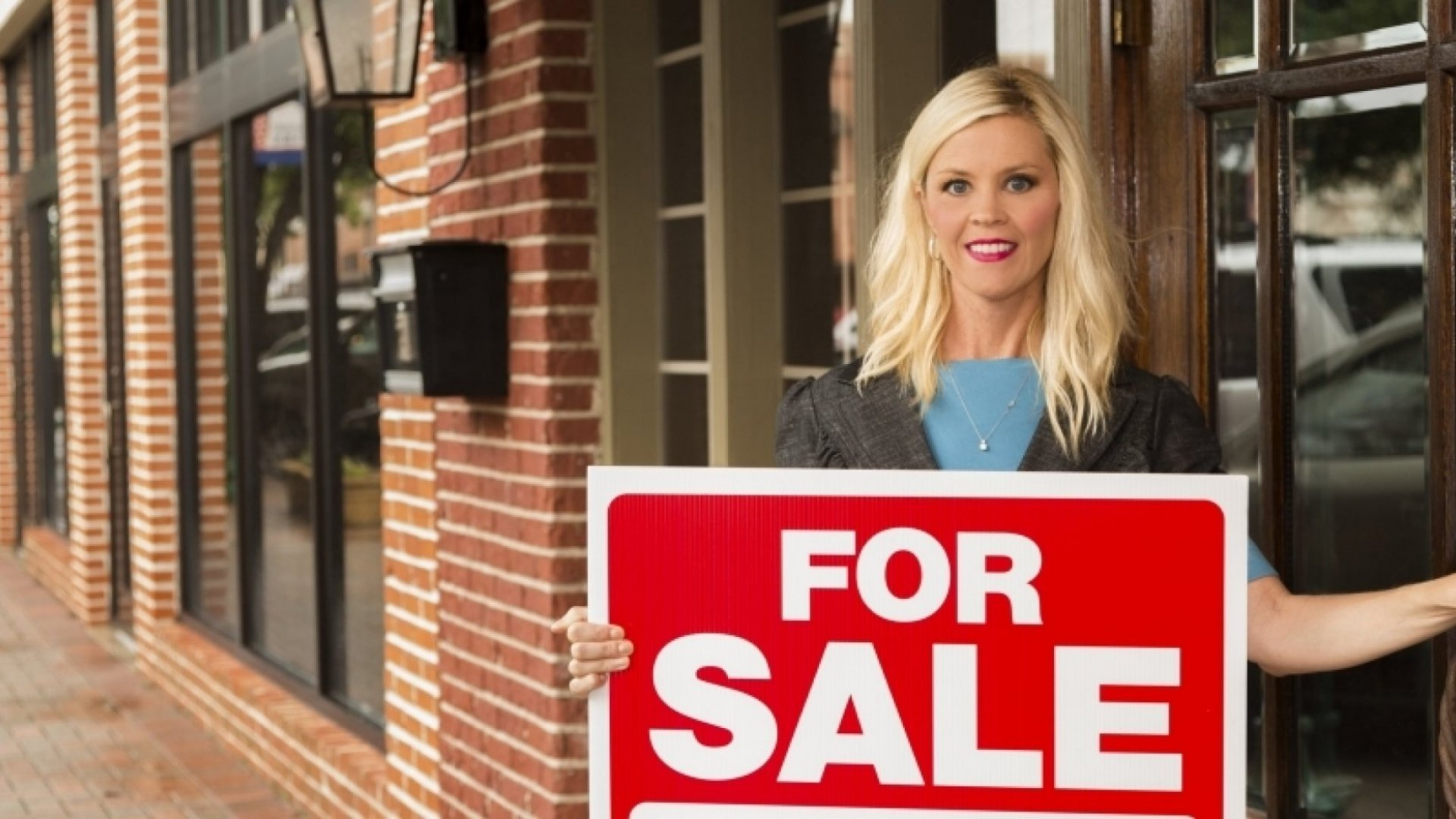 Why Small Business Sales Stabilized in 2015, And How 2016 Could Change That