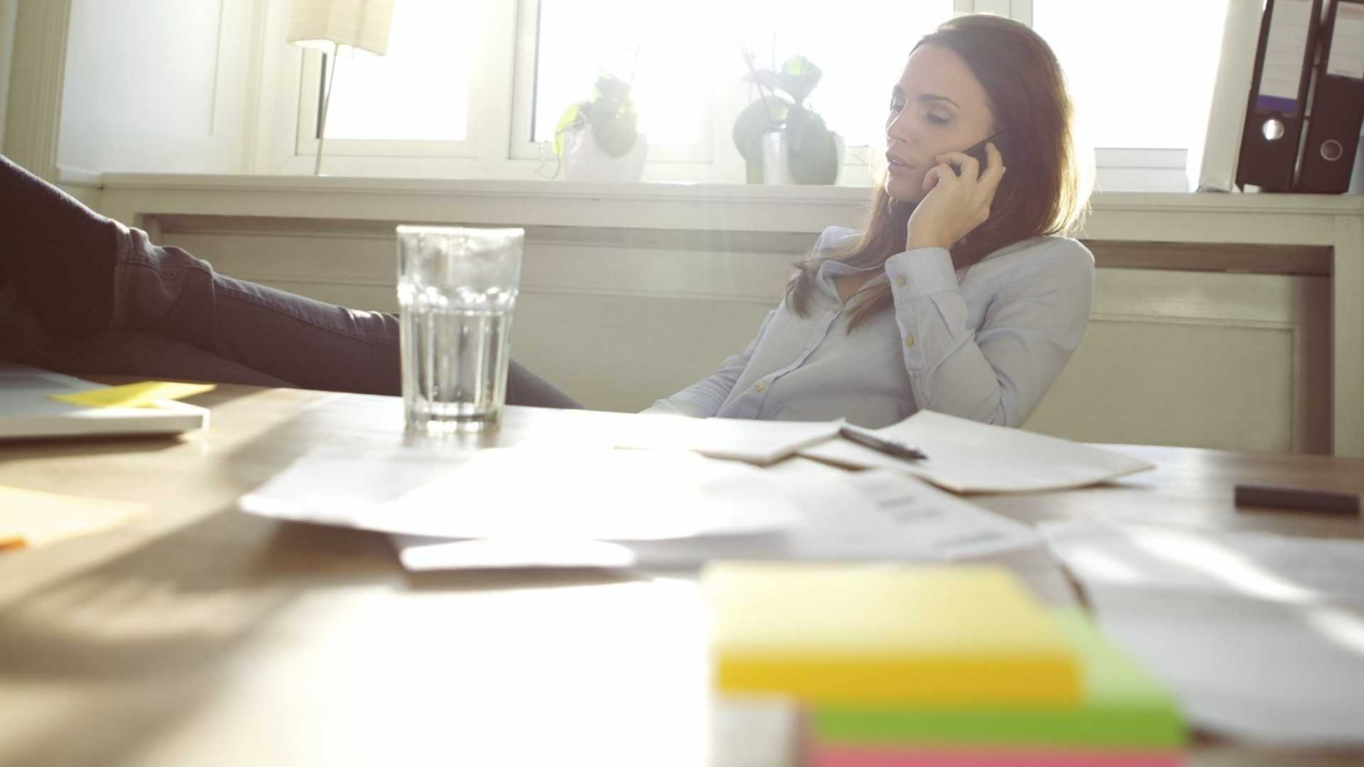 Managing Remote Workers: 8 Tech Tools That Fuel Communication