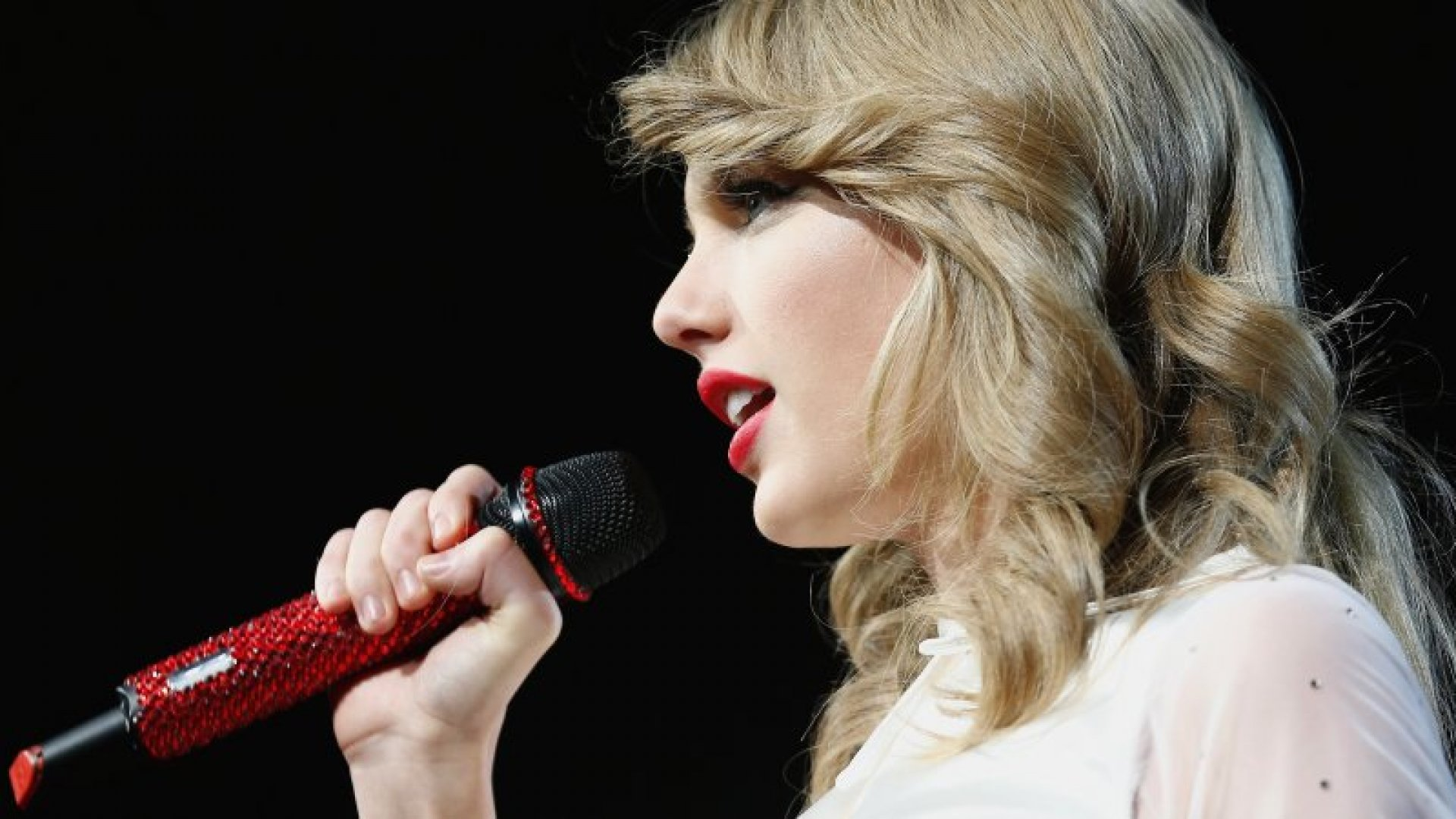 The Incredible Business Savvy Behind Taylor Swift Inc.
