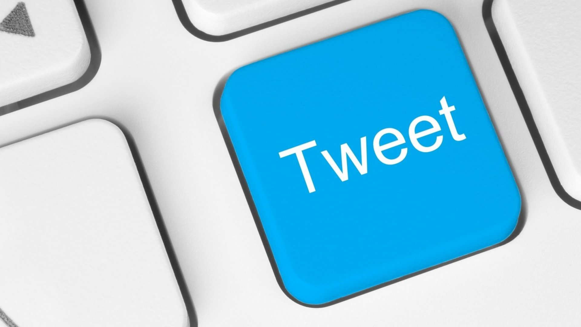 How the Smartest Companies Use Twitter (and No, It's Not for Sales)