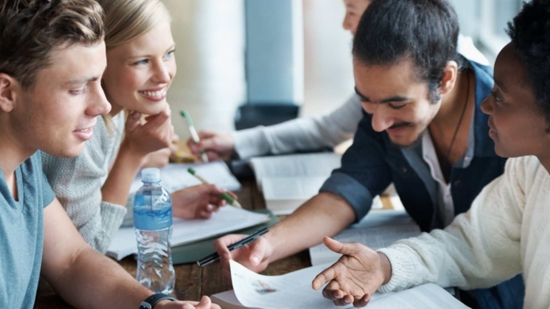 4 Effective Ways to Manage Millennial Employees