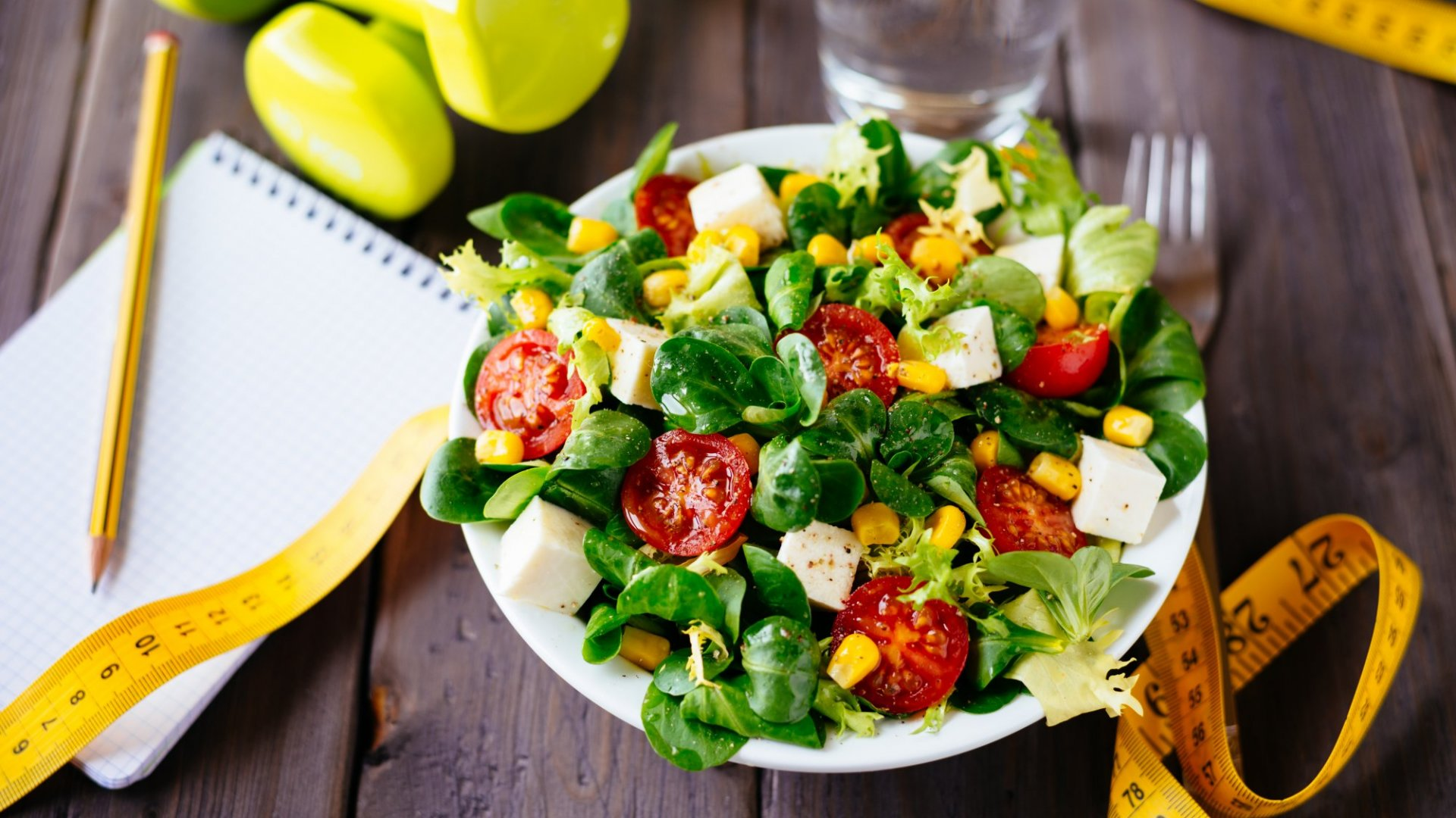 3 Ways to Eat Healthy When You're Always on the Road