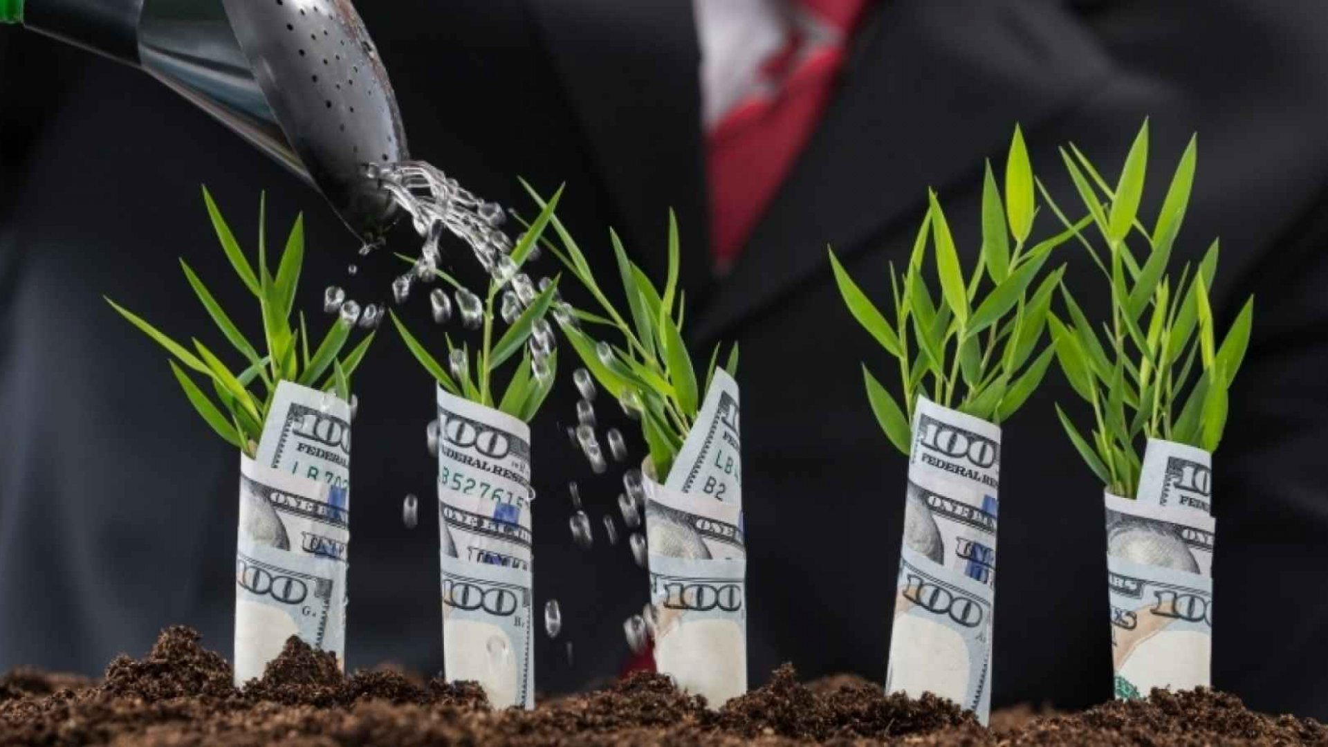 5 Clever Ways to Raise Money for Your Startup Without Making an Investor Pitch