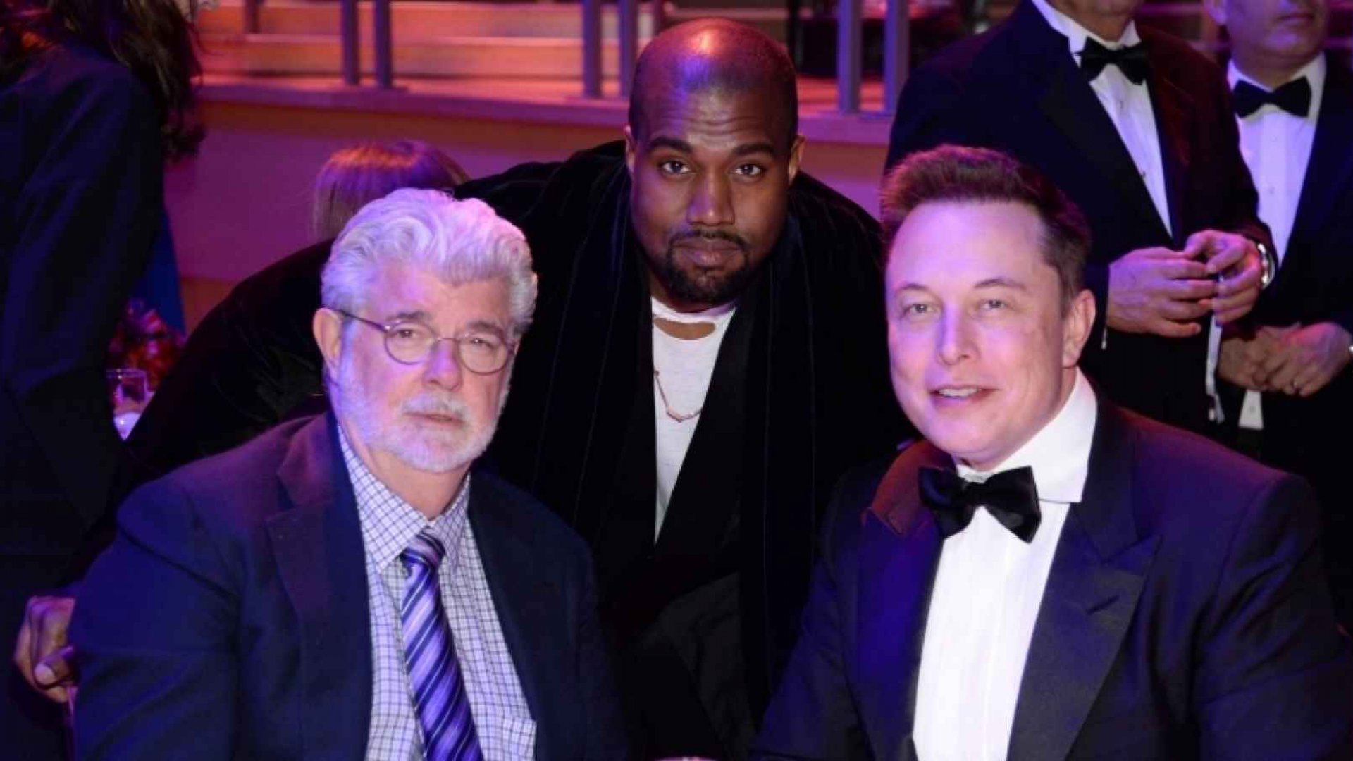 3 Tips to Networking With Billionaires, Executives, and Celebrities