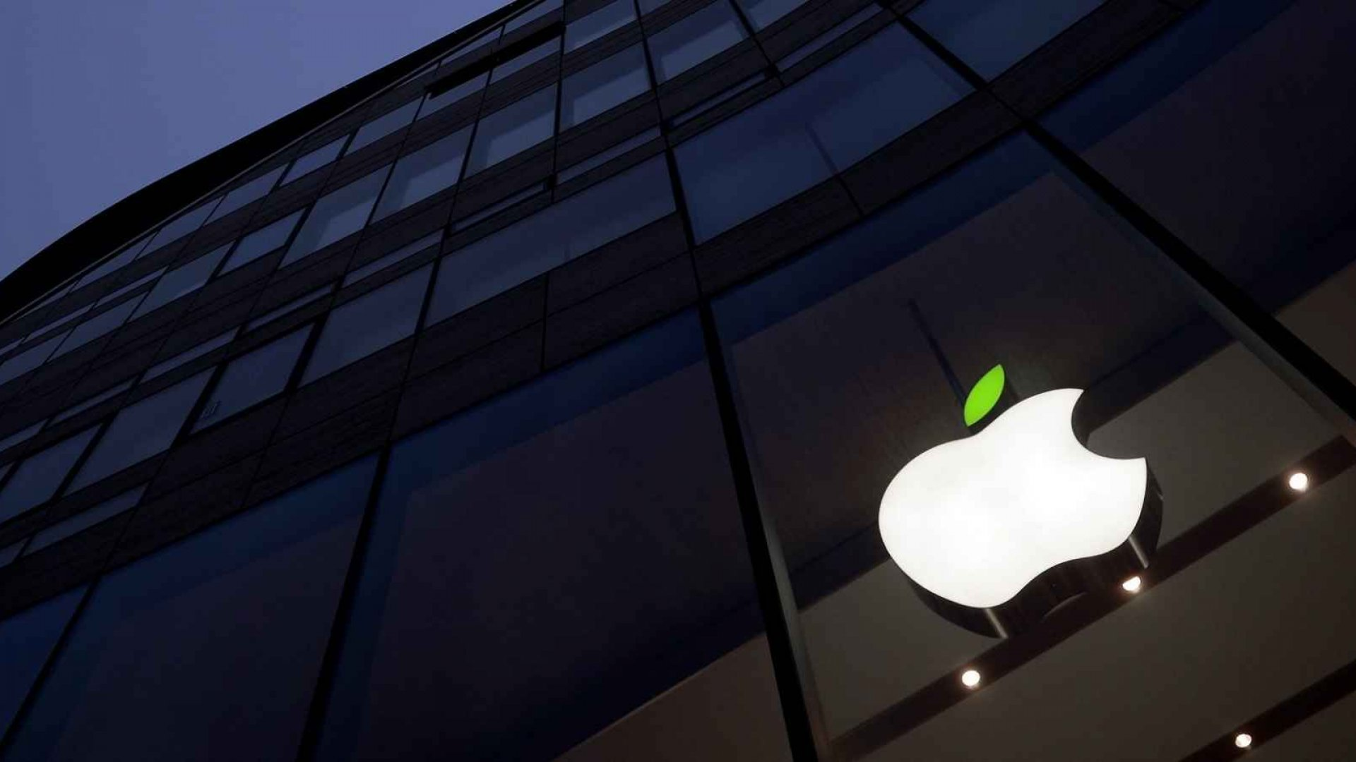 Apple's 'Planet of the Apps' Seeks Diverse Entrepreneurs, With Help From Gwyneth and Will.i.am