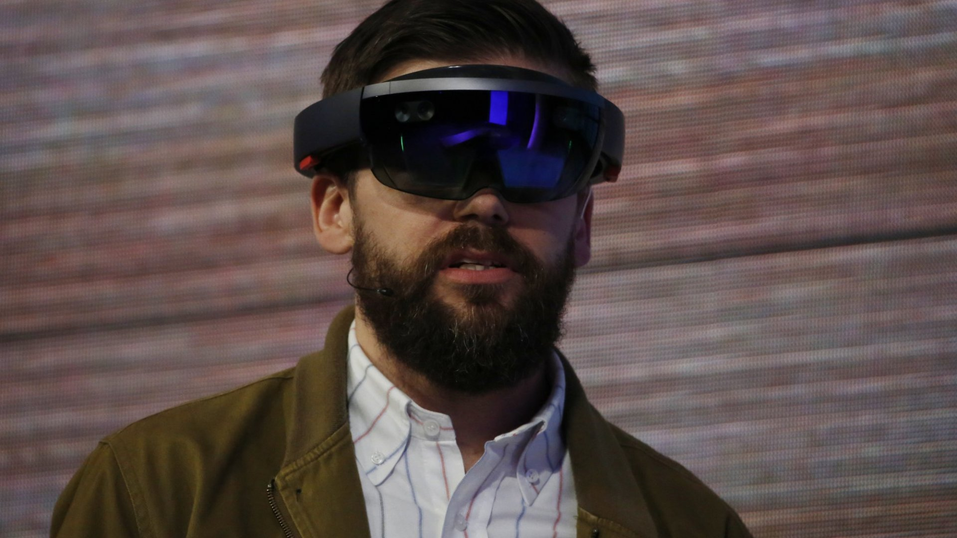 Microsoft HoloLens Finally Ships (to Developers) Soon