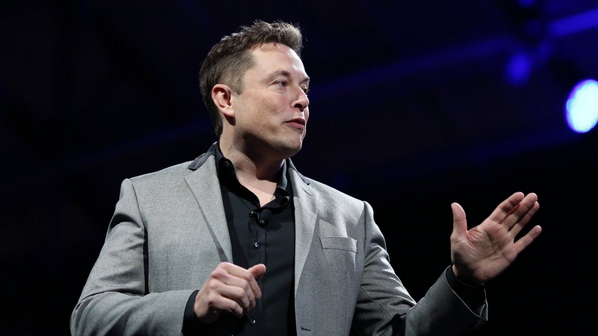 Elon Musk Targets Press, Competitors in Combative Tesla Earnings Call